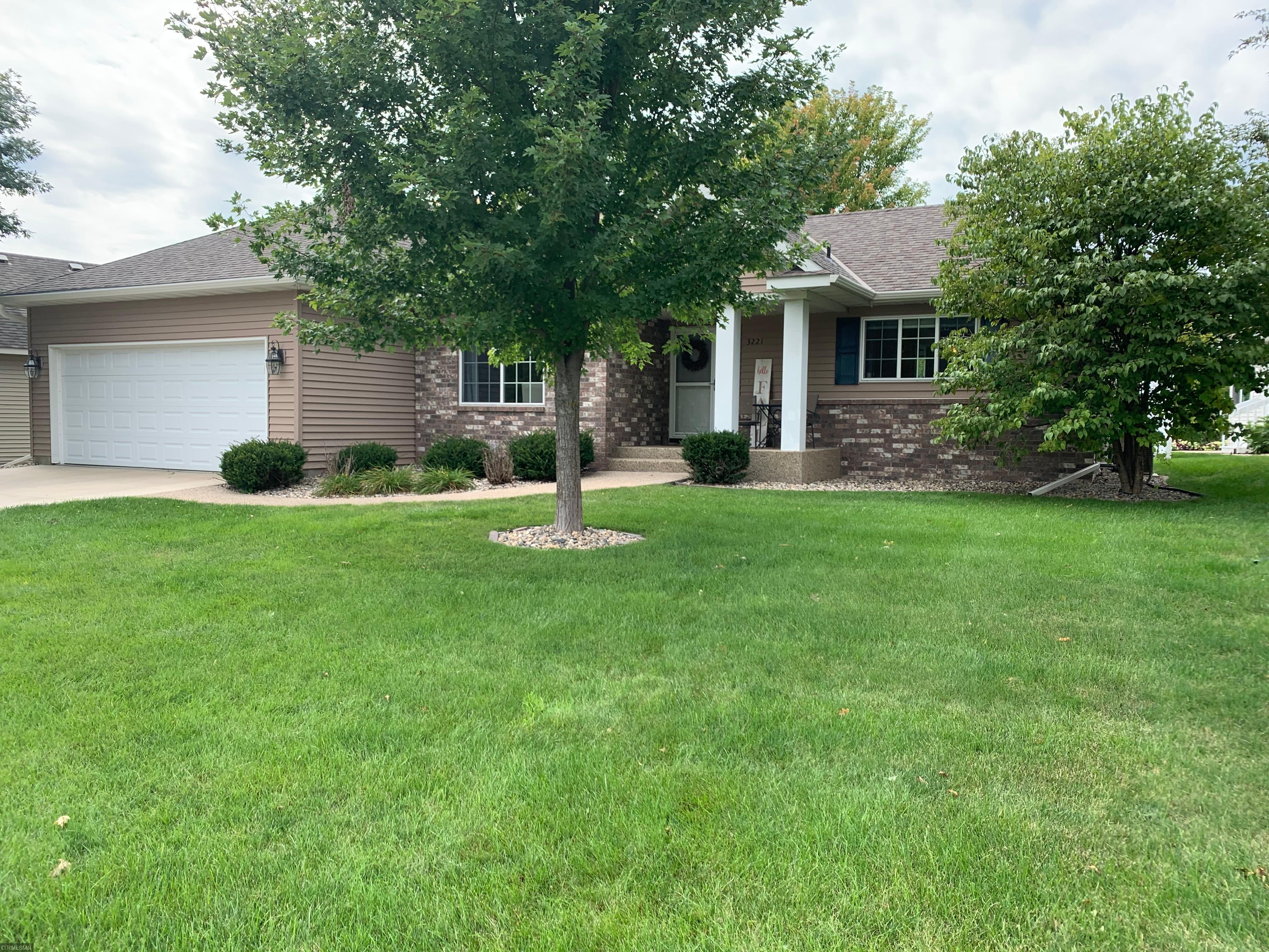 3221 Eagle Ridge Drive W Property Photo