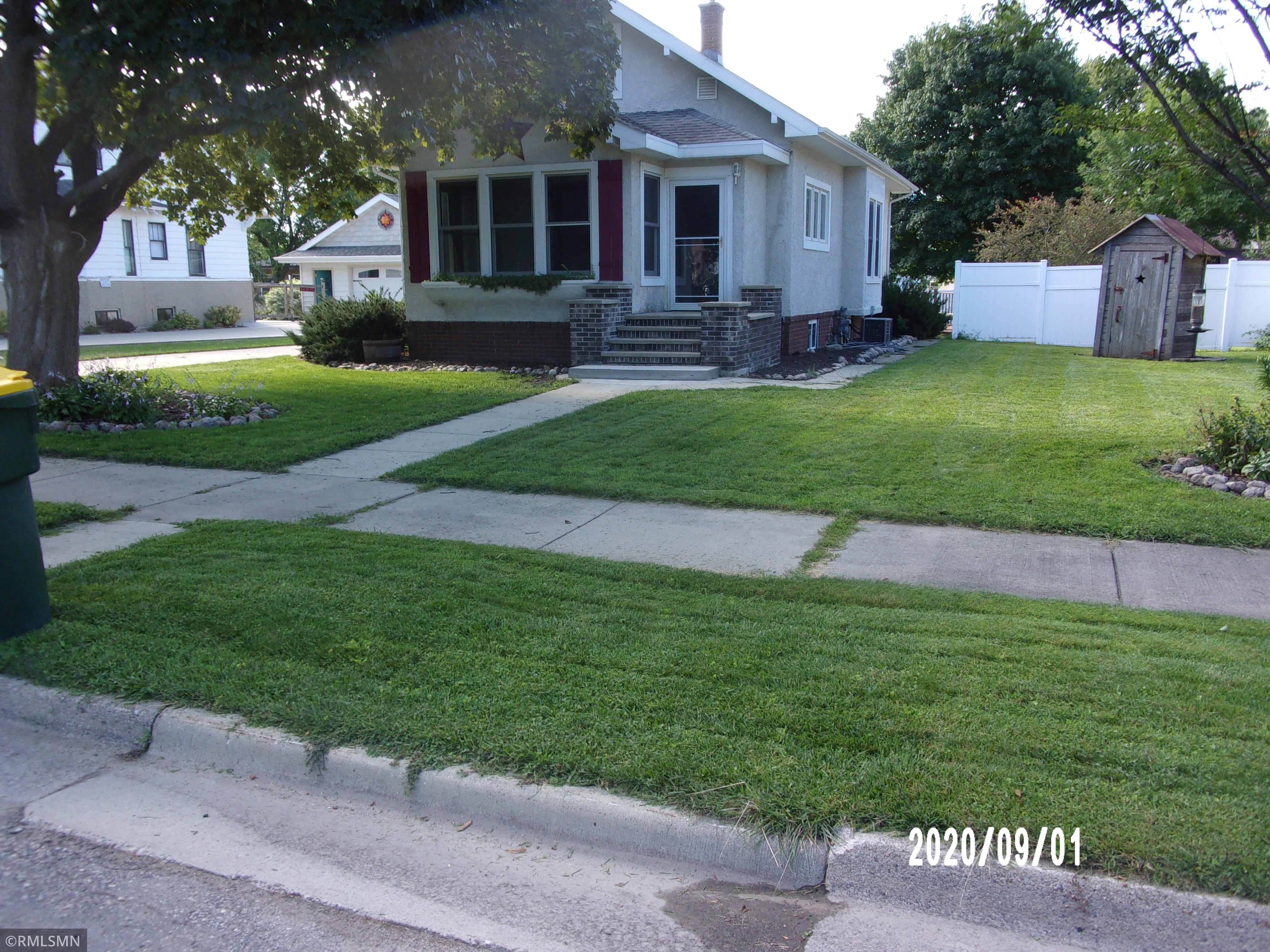 102 1st Avenue NE Property Photo - Fairfax, MN real estate listing