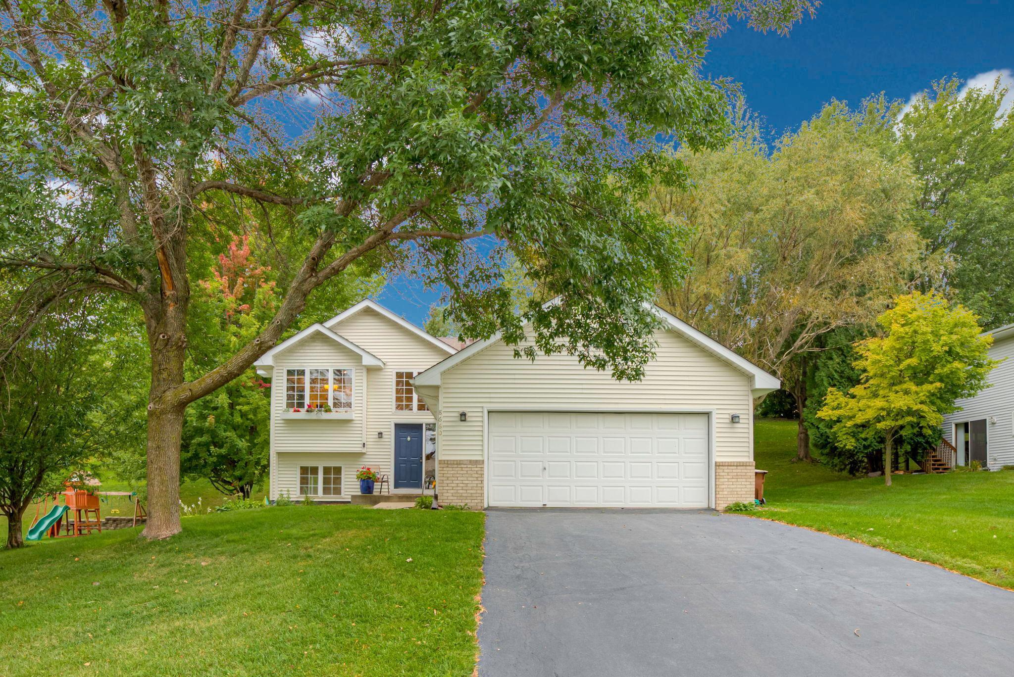 8660 Hillview Drive E Property Photo - Saint Bonifacius, MN real estate listing