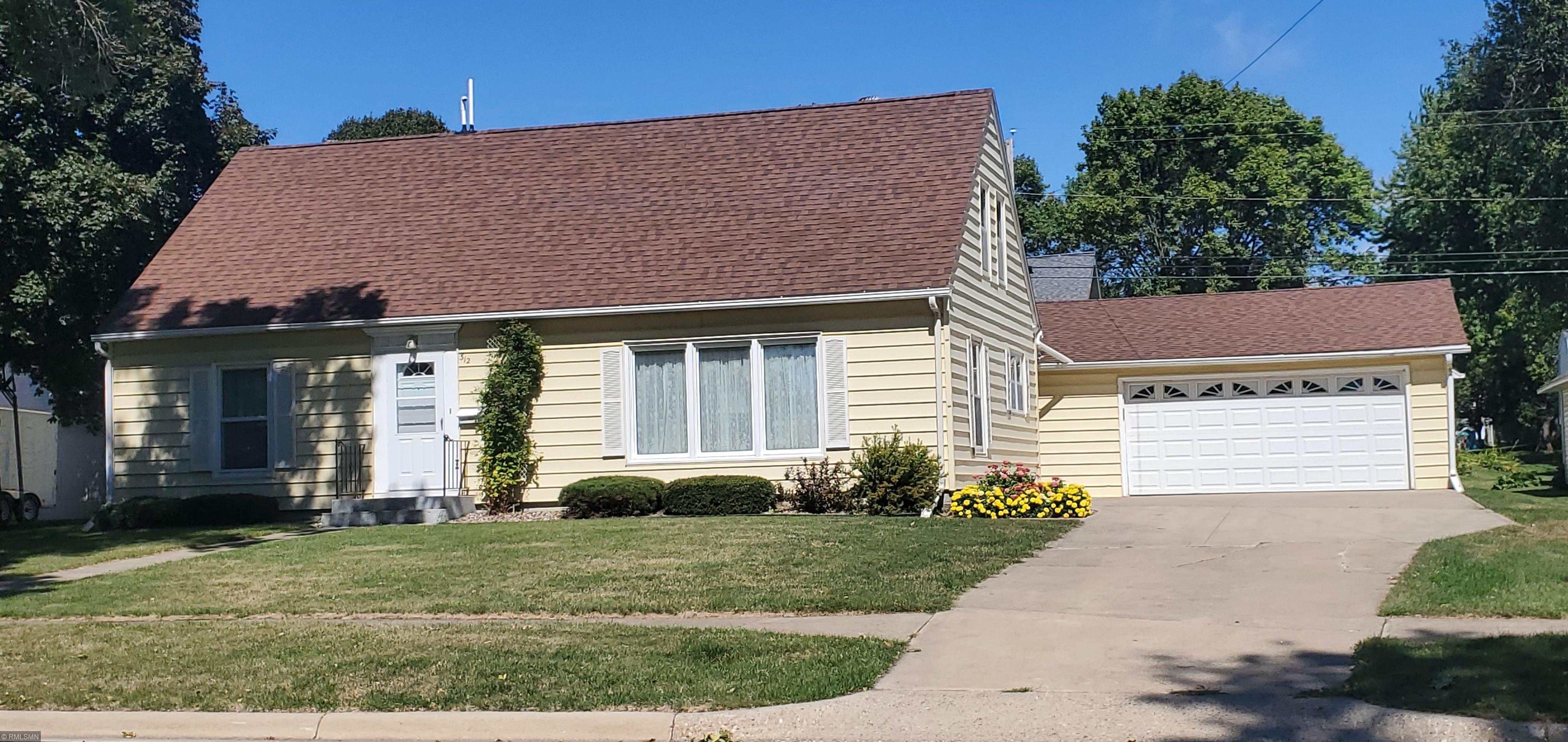 312 E Main Street Property Photo - Hayfield, MN real estate listing