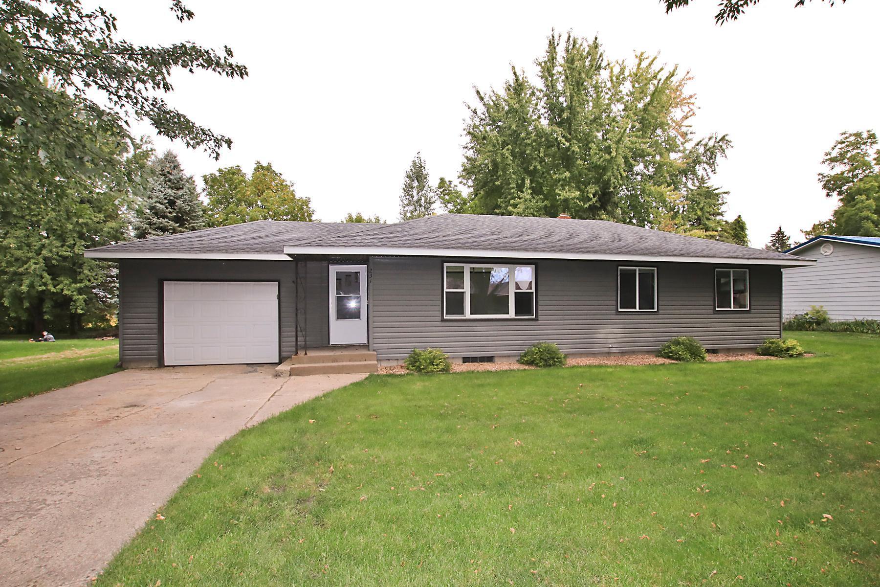 55385 Real Estate Listings Main Image