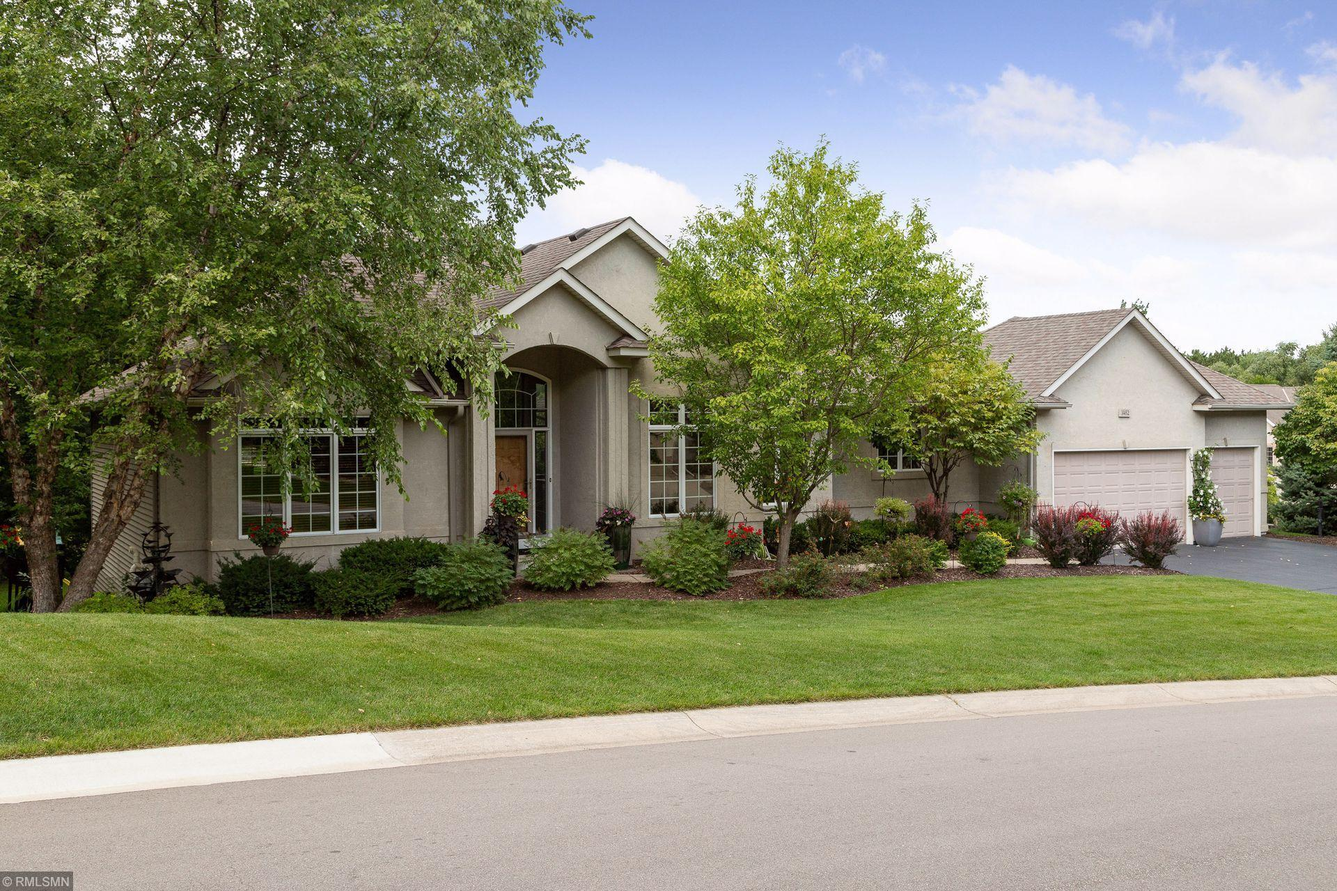 1482 Pinetree Trail Property Photo - Eagan, MN real estate listing