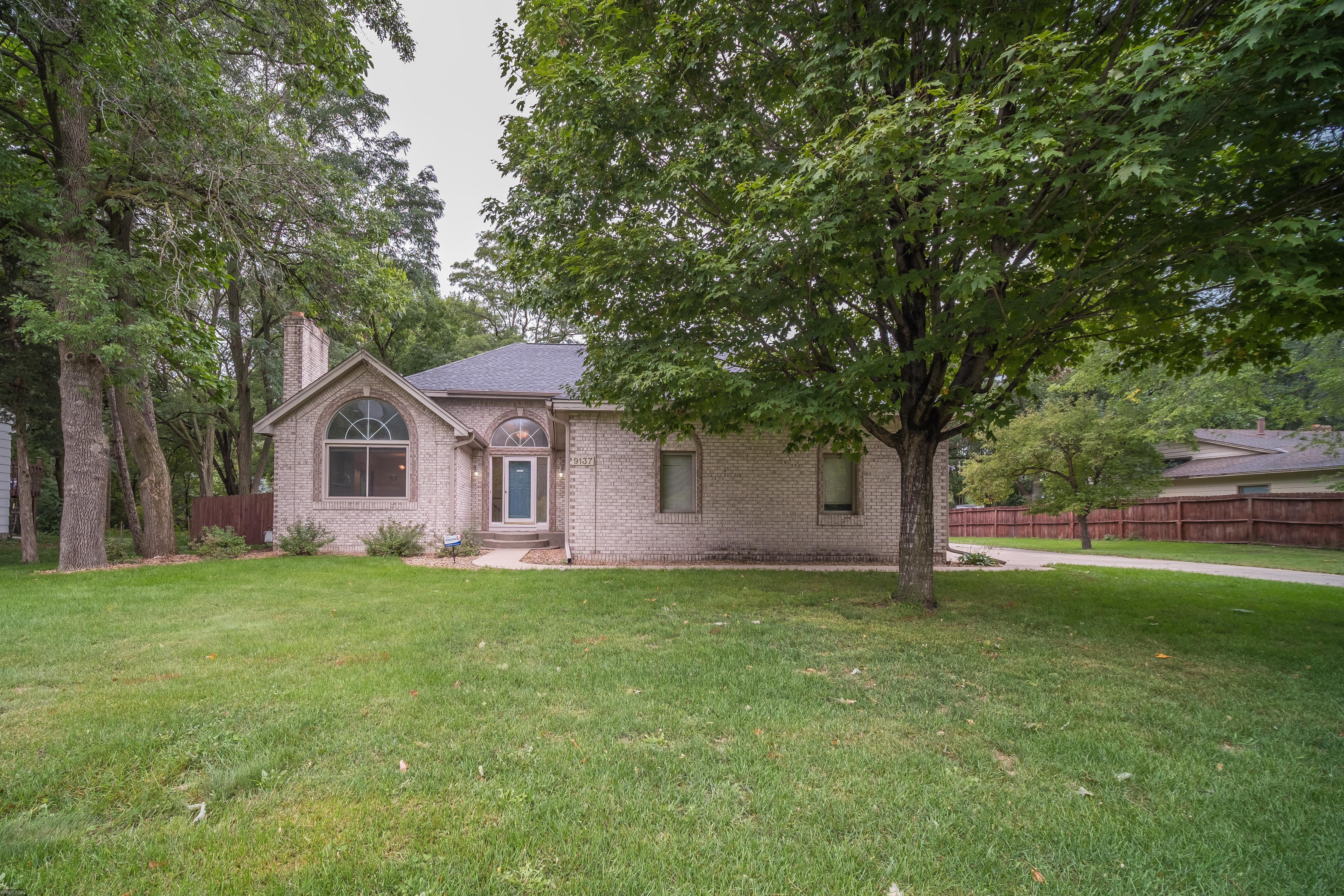 9137 Irving Avenue N Property Photo - Brooklyn Park, MN real estate listing