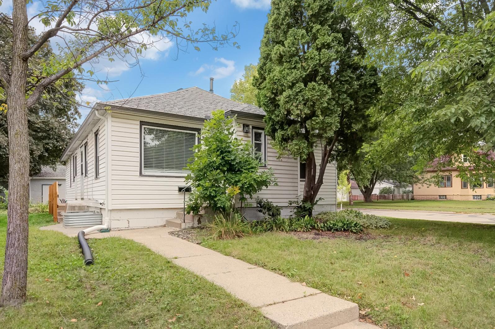 2900 36th Avenue S Property Photo