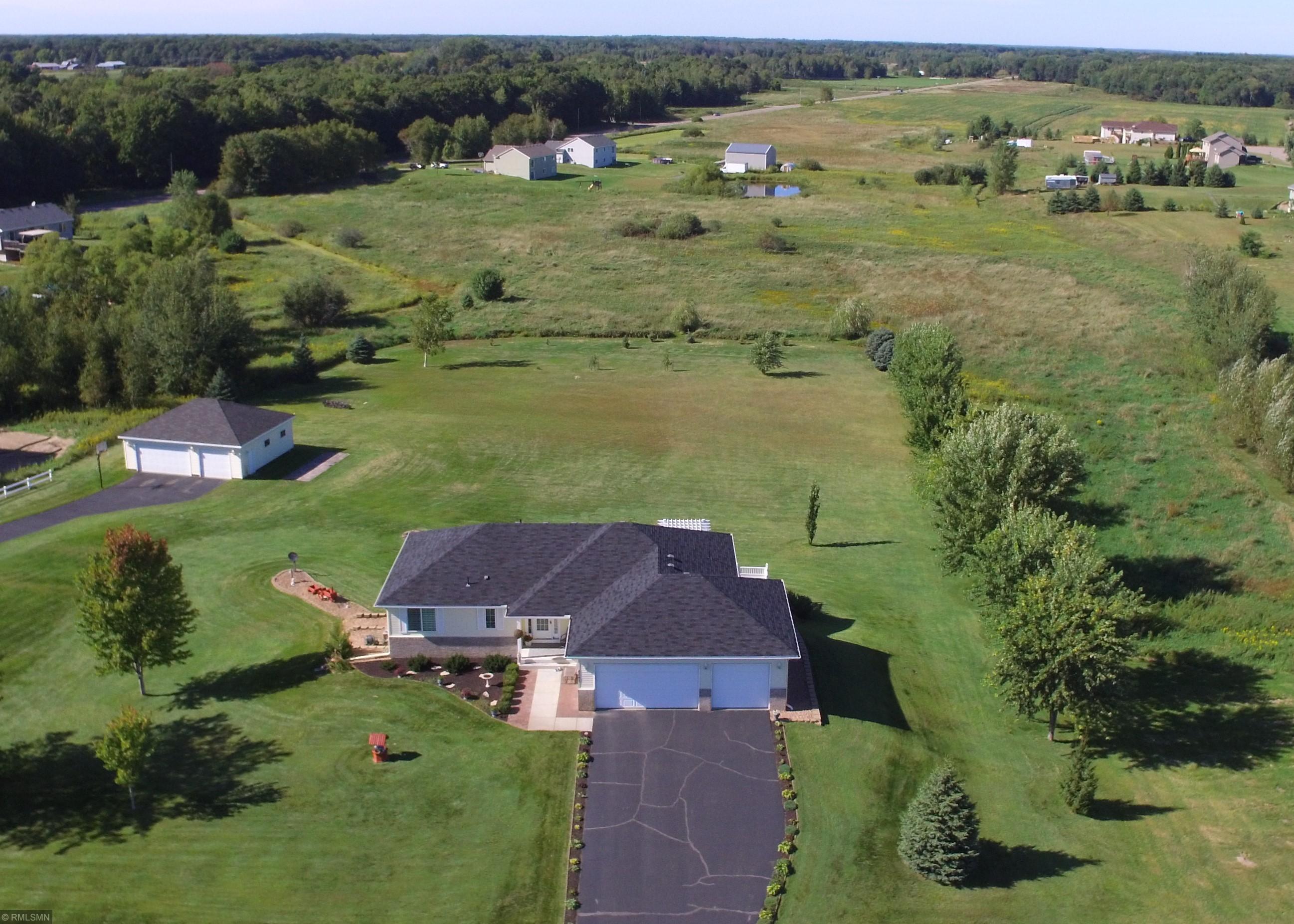 4297 209th Avenue NE Property Photo - East Bethel, MN real estate listing