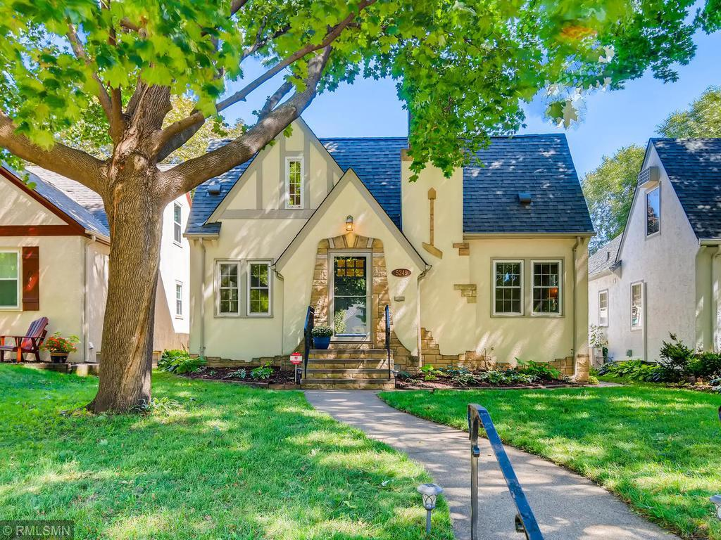 5249 Park Avenue Property Photo - Minneapolis, MN real estate listing