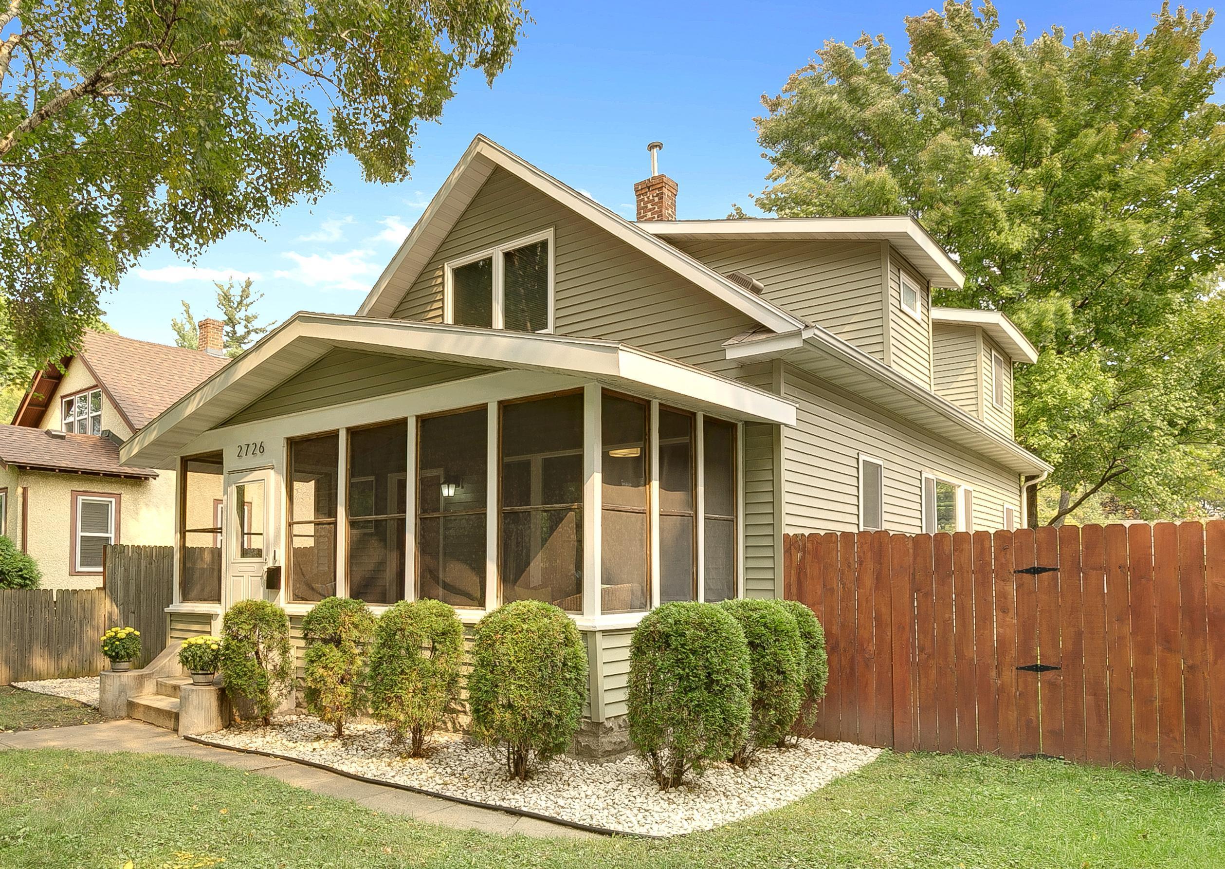 2726 Sheridan Avenue N Property Photo