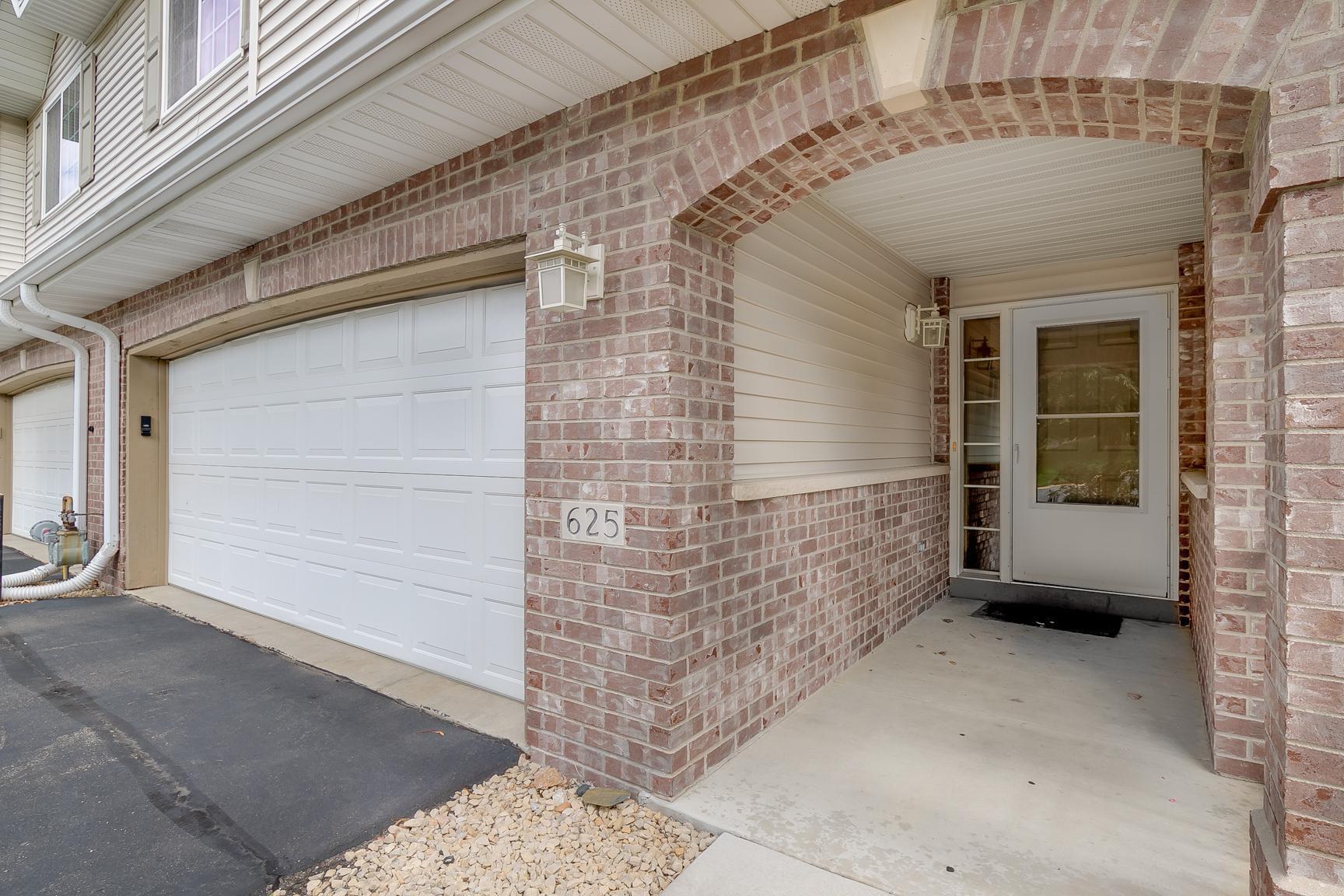 625 Crane Creek Lane Property Photo - Eagan, MN real estate listing