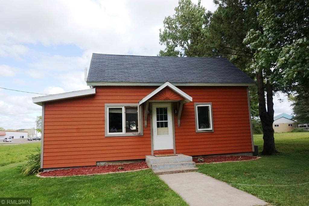 211 Wilson Street Property Photo - Ridgeland, WI real estate listing