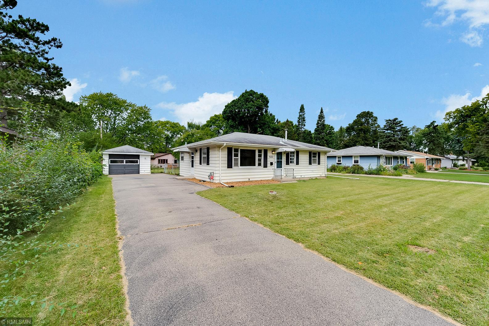 8136 16th Avenue S Property Photo - Bloomington, MN real estate listing