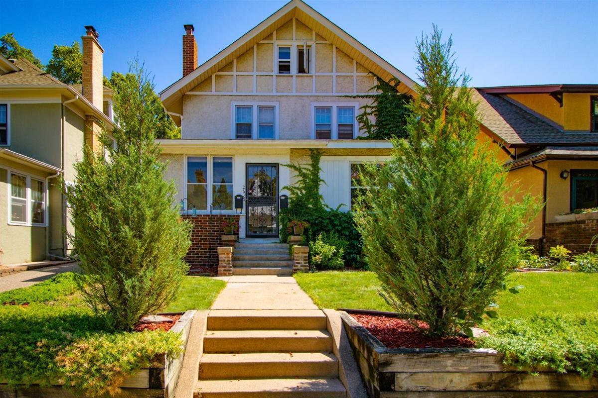 2615 Dupont Avenue S Property Photo