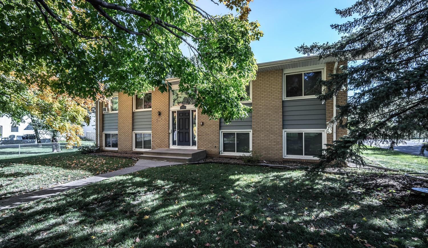 2748 Xylon Avenue N Property Photo - New Hope, MN real estate listing