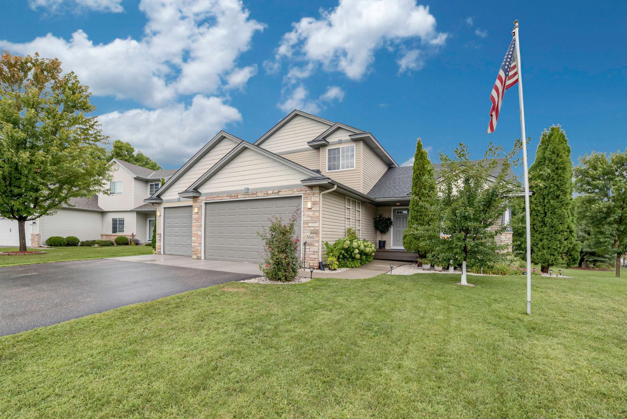 590 Kayla Lane Property Photo - Hanover, MN real estate listing
