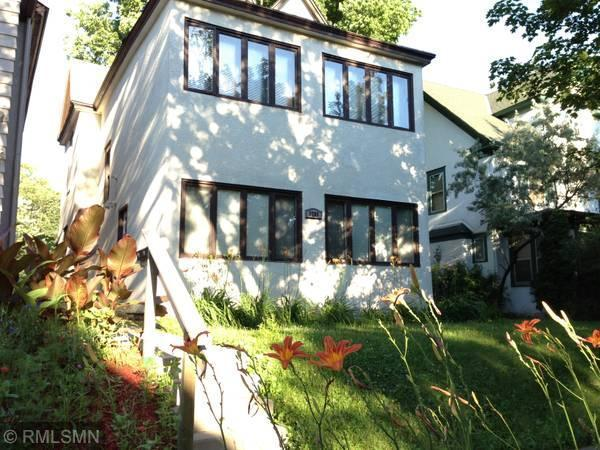 3205 Harriet Avenue Property Photo