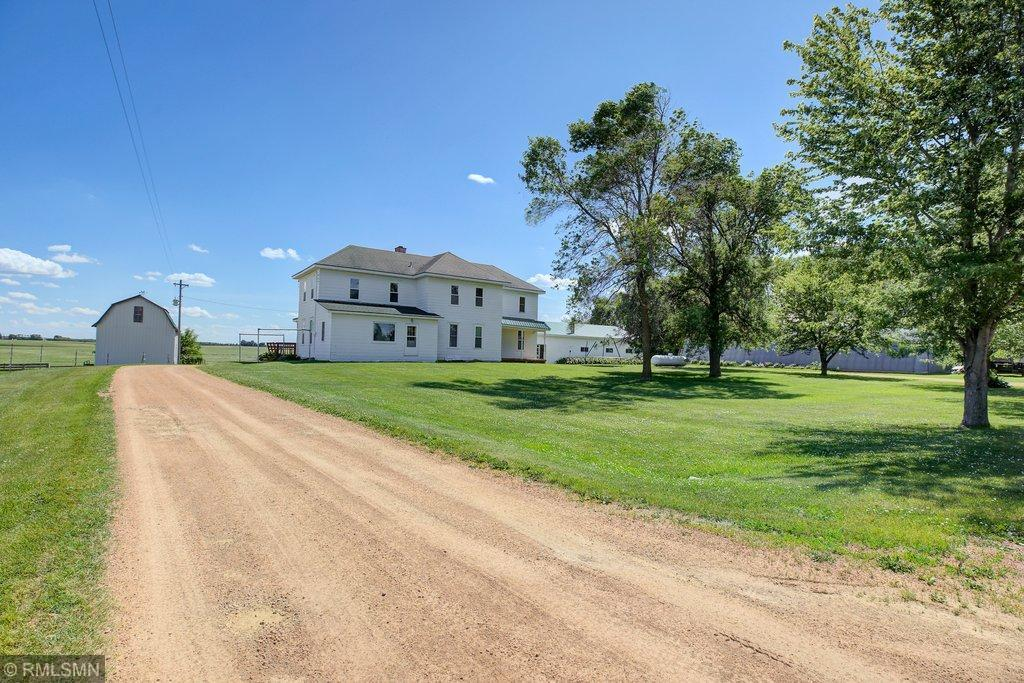12753 280th Street W Property Photo - Henderson, MN real estate listing