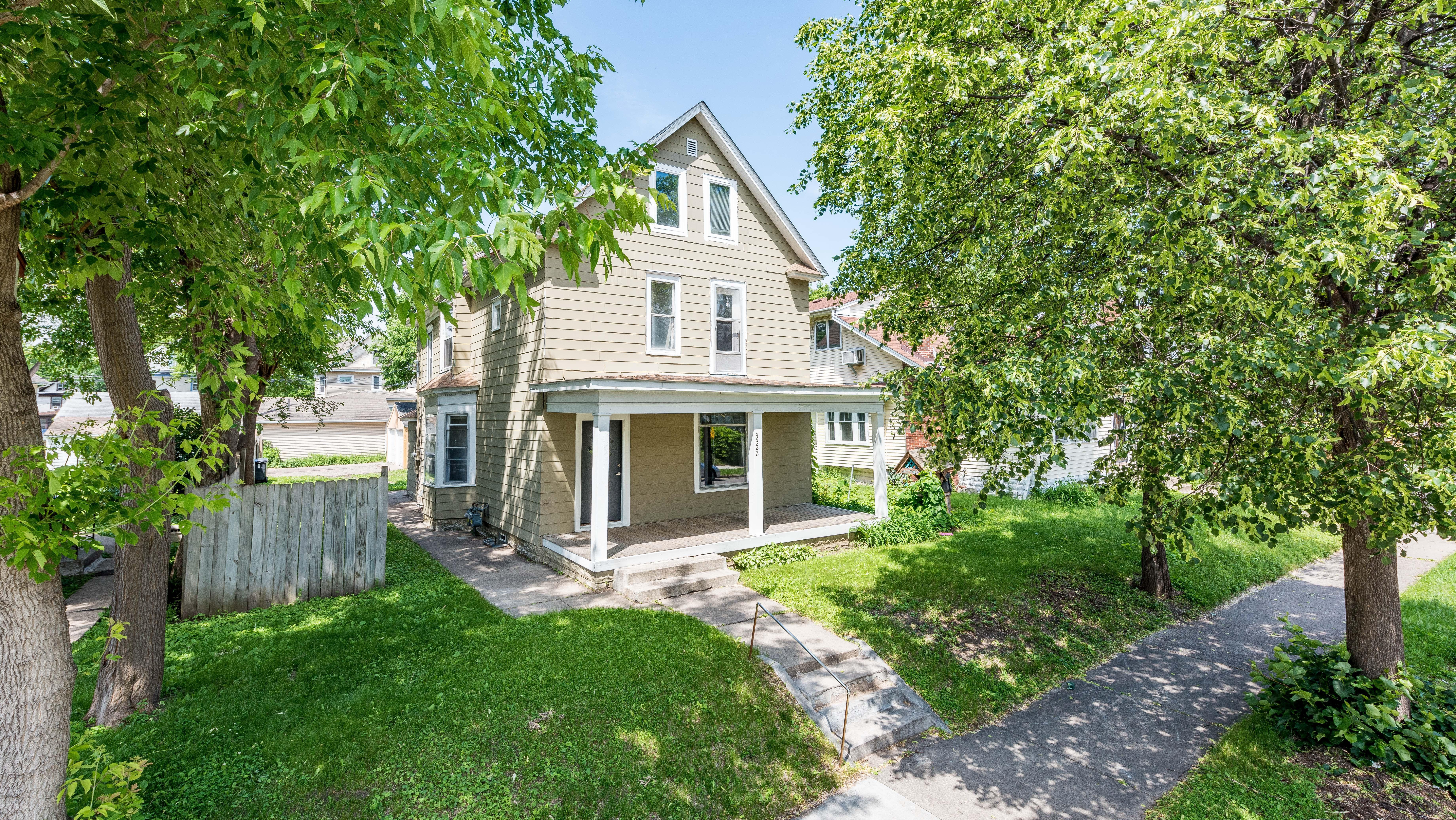 3322 Clinton Avenue Property Photo