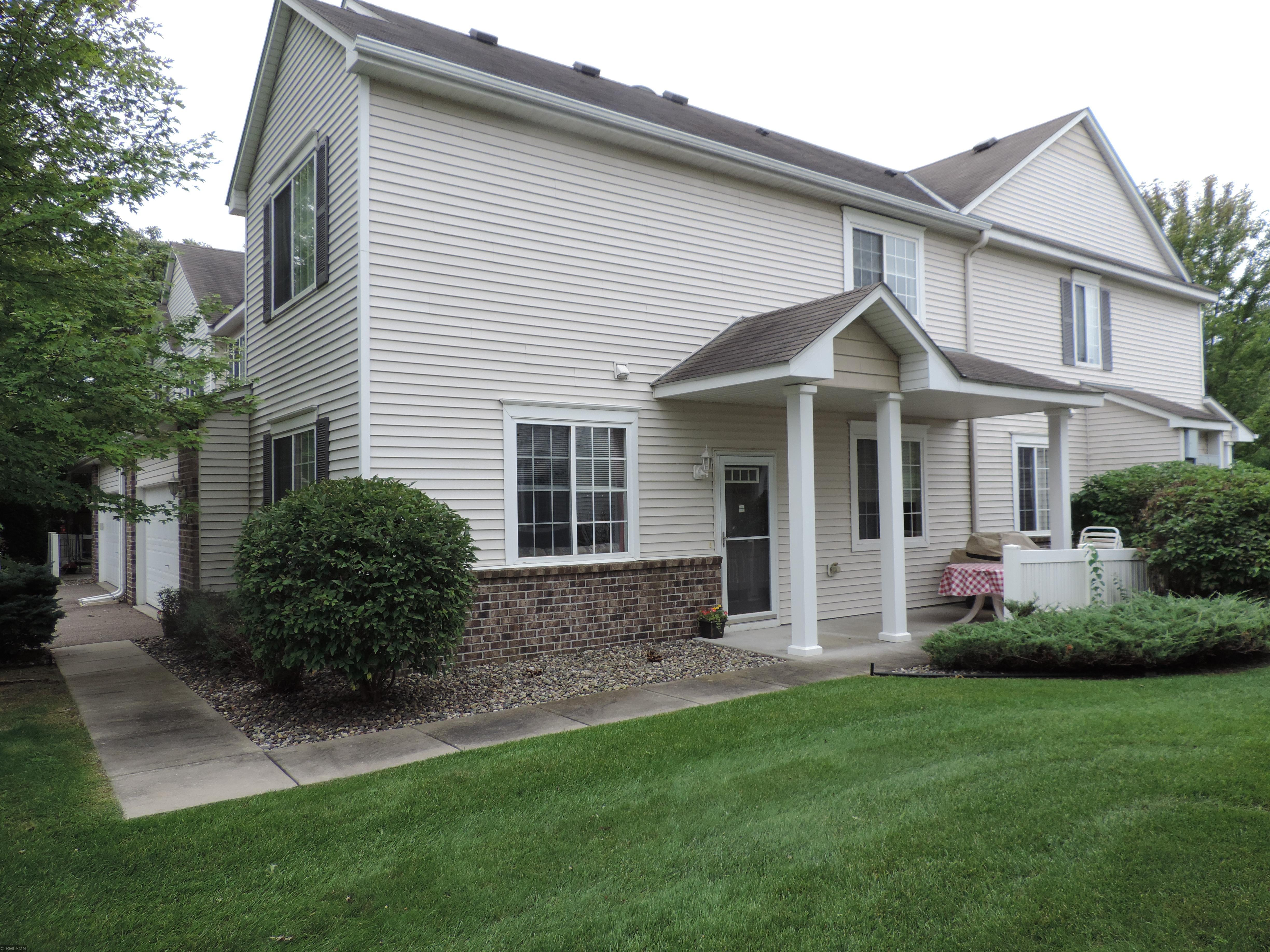 206 River Woods Drive W Property Photo - Saint Paul Park, MN real estate listing