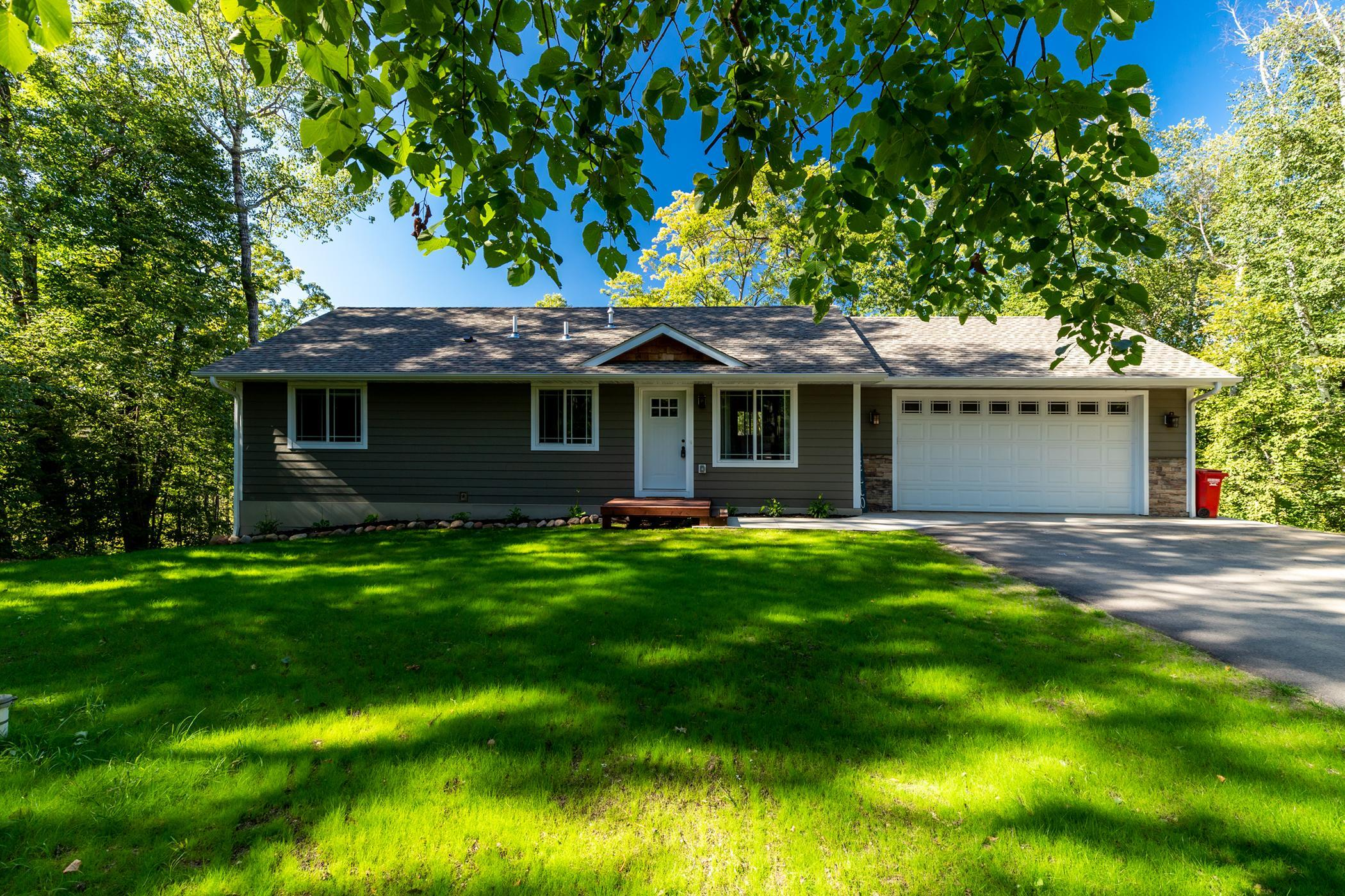 10816 1st Street Circle Property Photo - Breezy Point, MN real estate listing