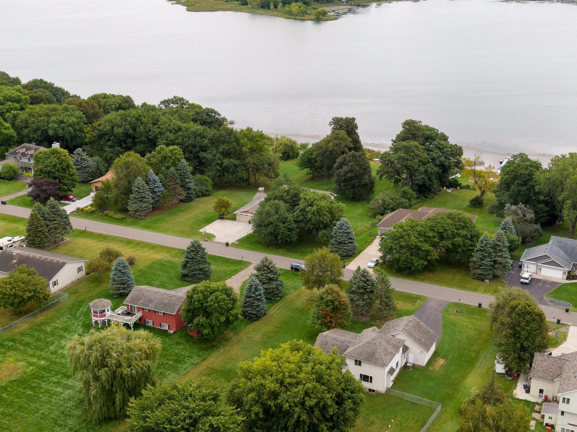 9408 Jennifer Court Property Photo - Chisago City, MN real estate listing