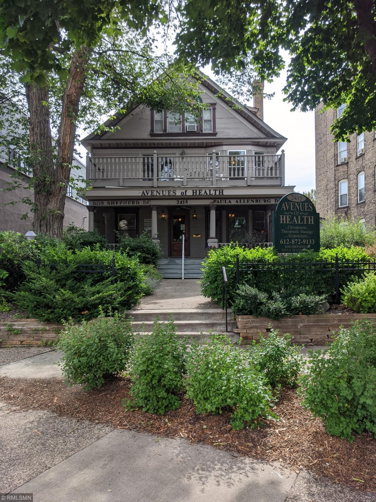 2415 Emerson Avenue S Property Photo