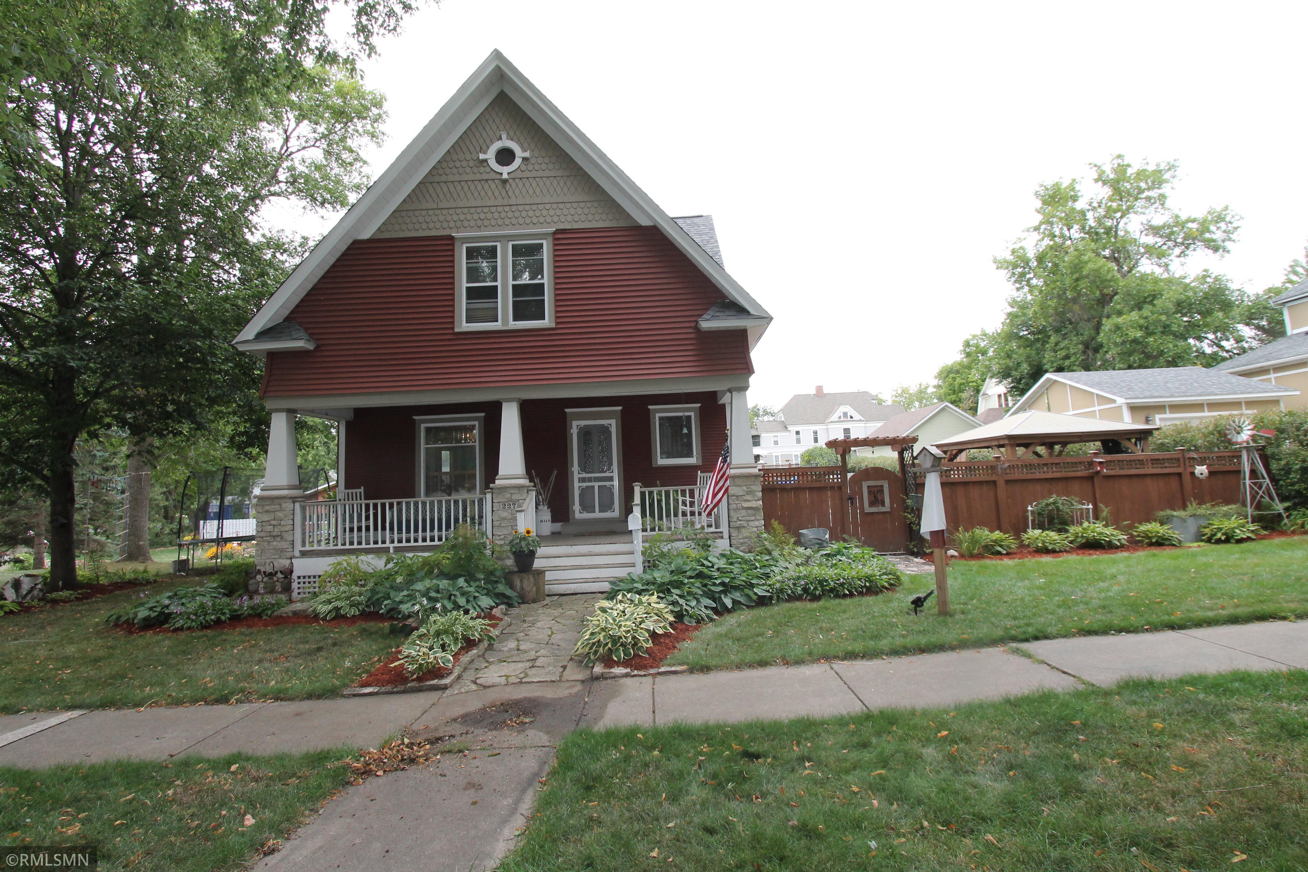 227 S Dakota Avenue Property Photo