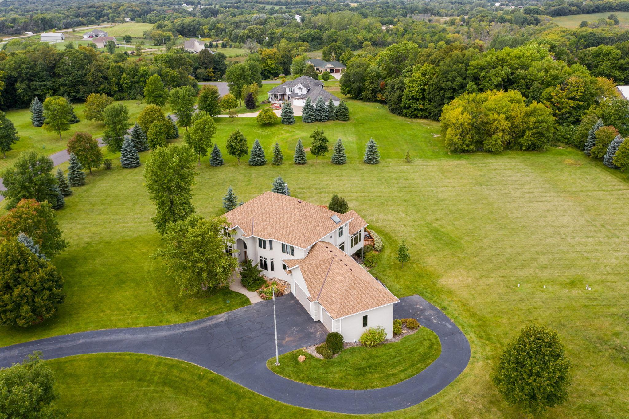 5178 Country Circle Property Photo - Greenfield, MN real estate listing