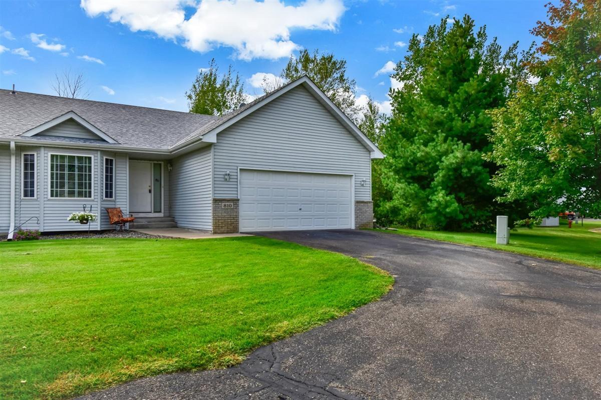 810 Shady Ridge Lane Property Photo - Braham, MN real estate listing