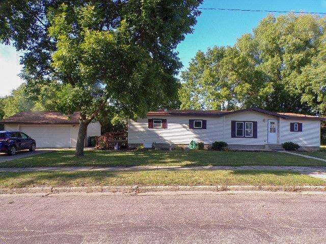 100 W 2nd Street Property Photo - Sherburn, MN real estate listing