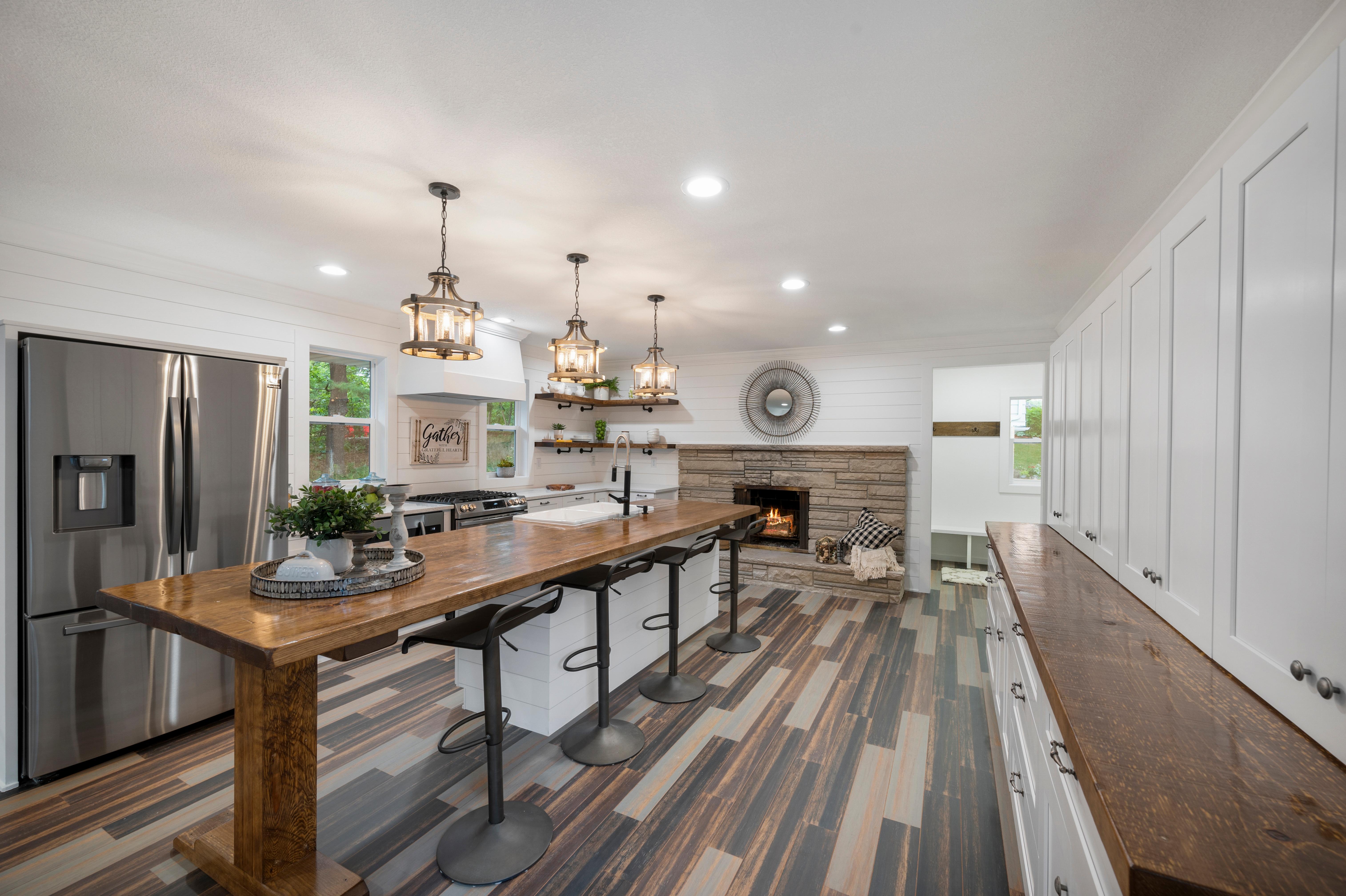 1130 Orkla Drive Property Photo - Golden Valley, MN real estate listing