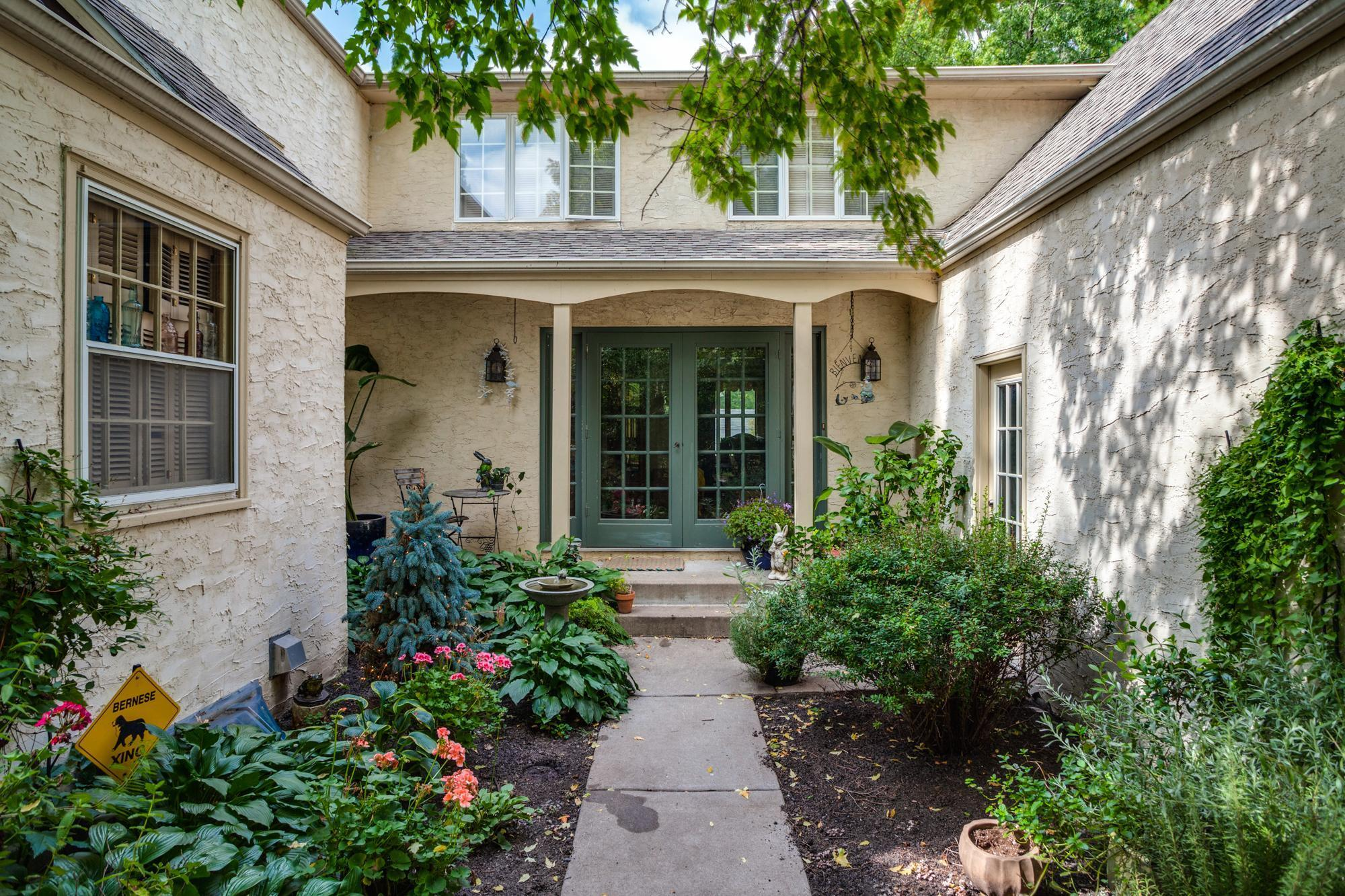 1119 Ripley Avenue Property Photo - Maplewood, MN real estate listing