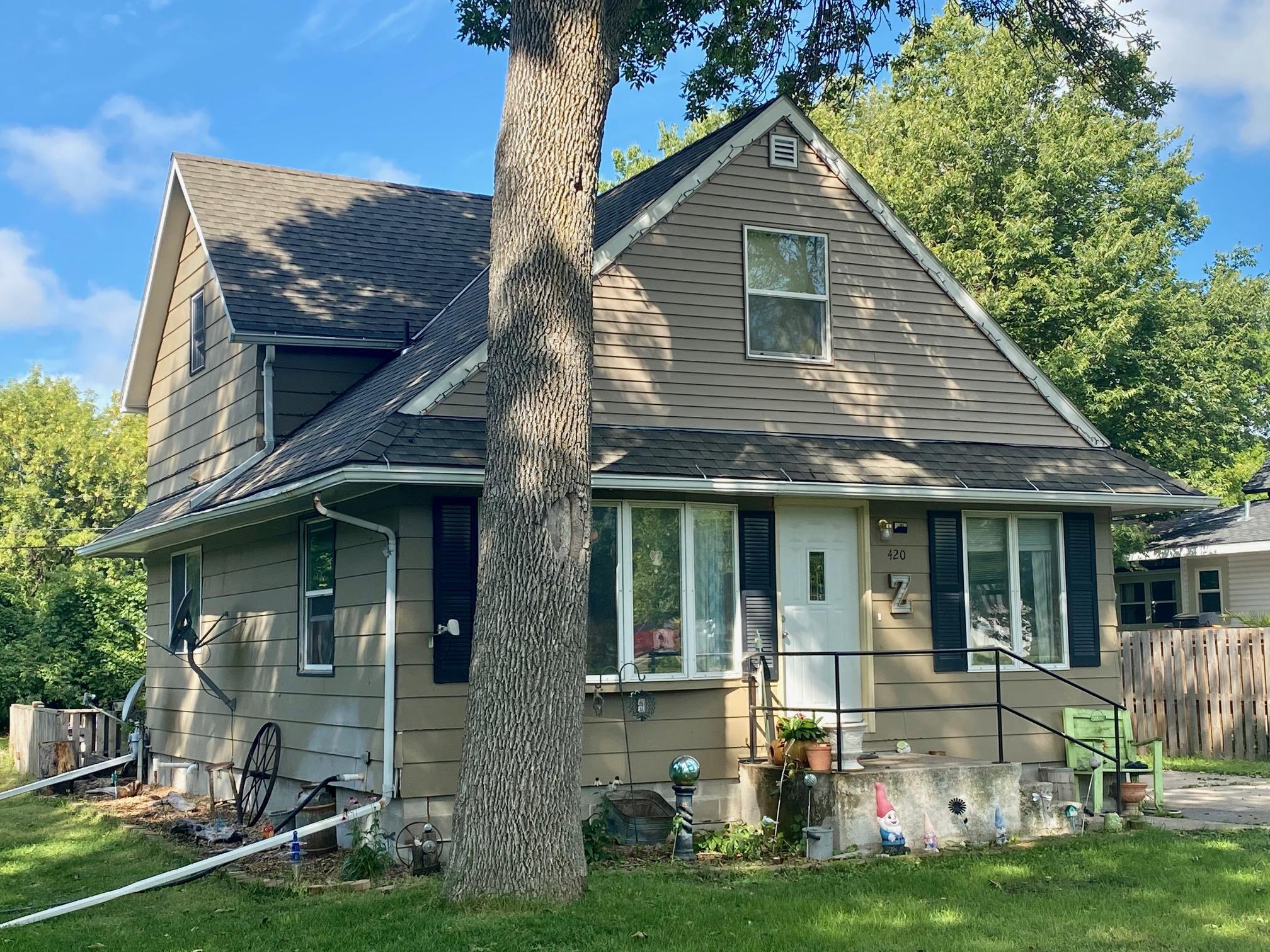 420 S 8th Street Property Photo - Bird Island, MN real estate listing