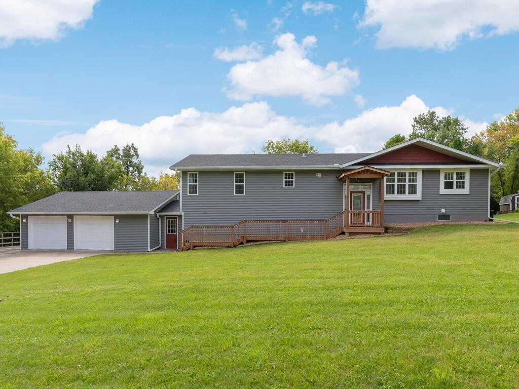 5085 Fern Drive Property Photo - Loretto, MN real estate listing