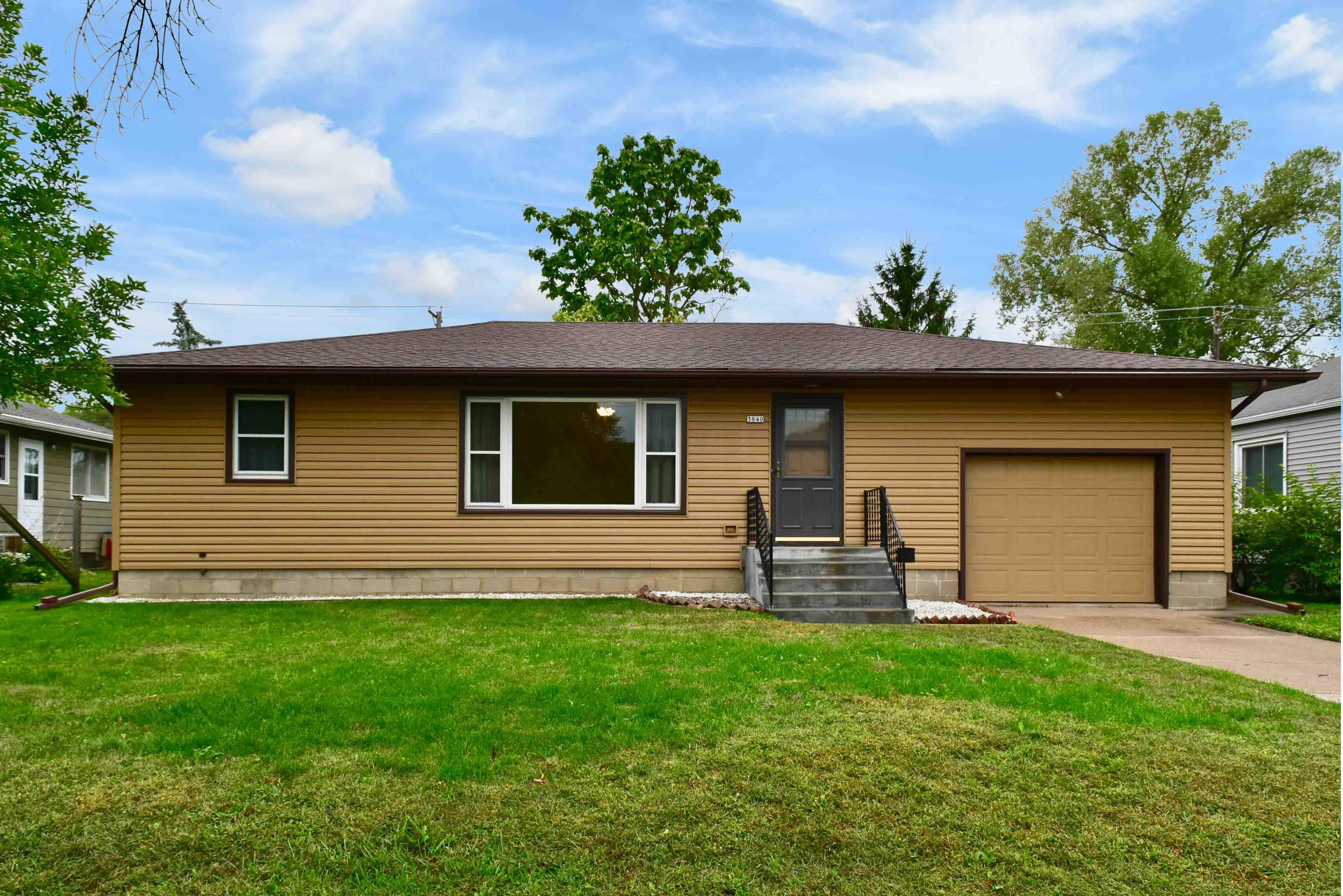 3840 W 6th Street Property Photo - Goodview, MN real estate listing