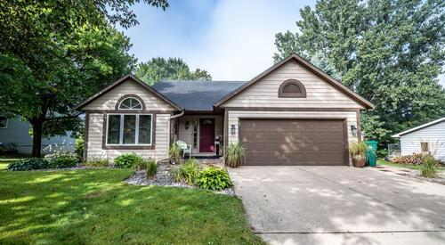 103 W Ridge Road Property Photo - Mayer, MN real estate listing
