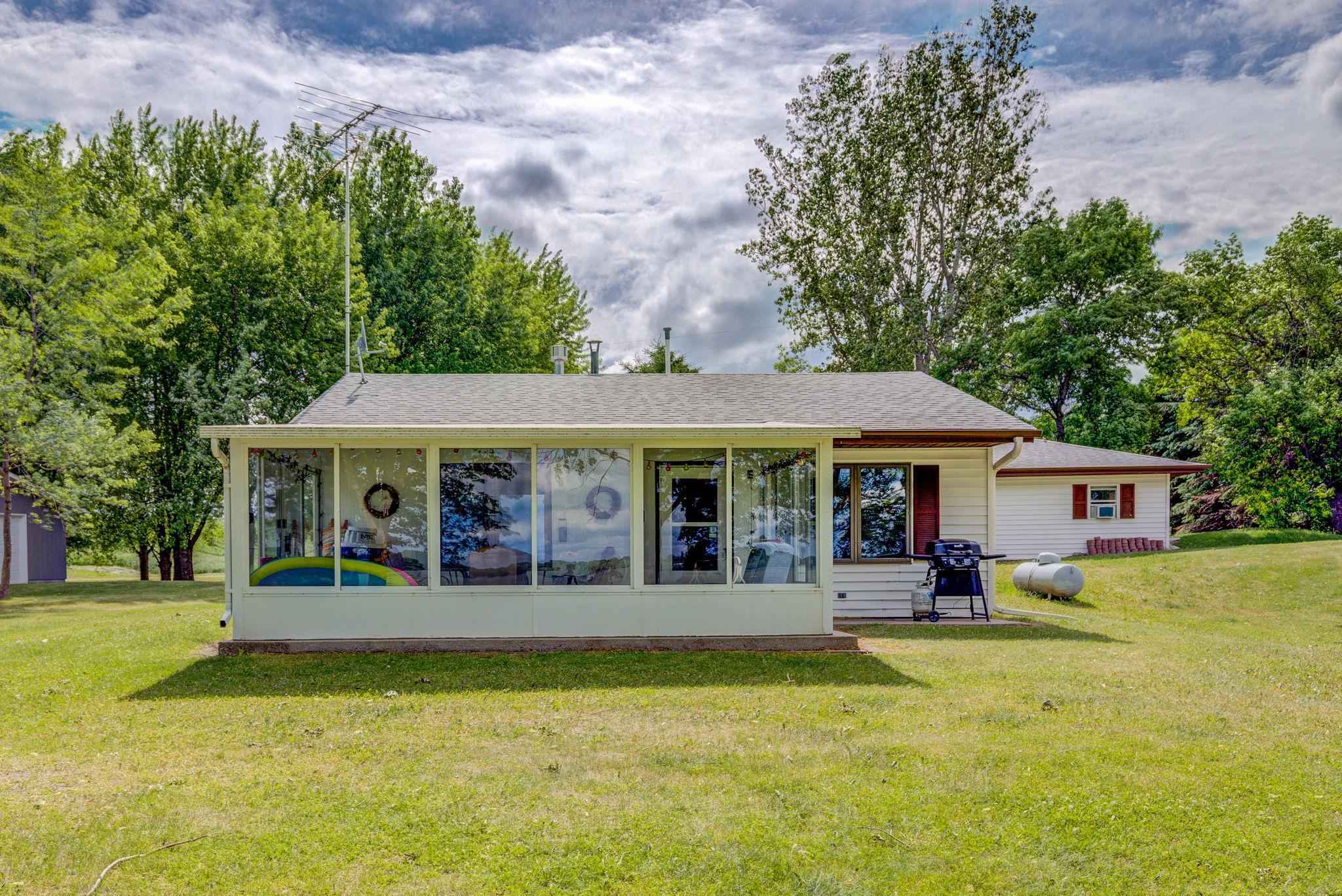 17045 720th Avenue Property Photo - Dassel, MN real estate listing