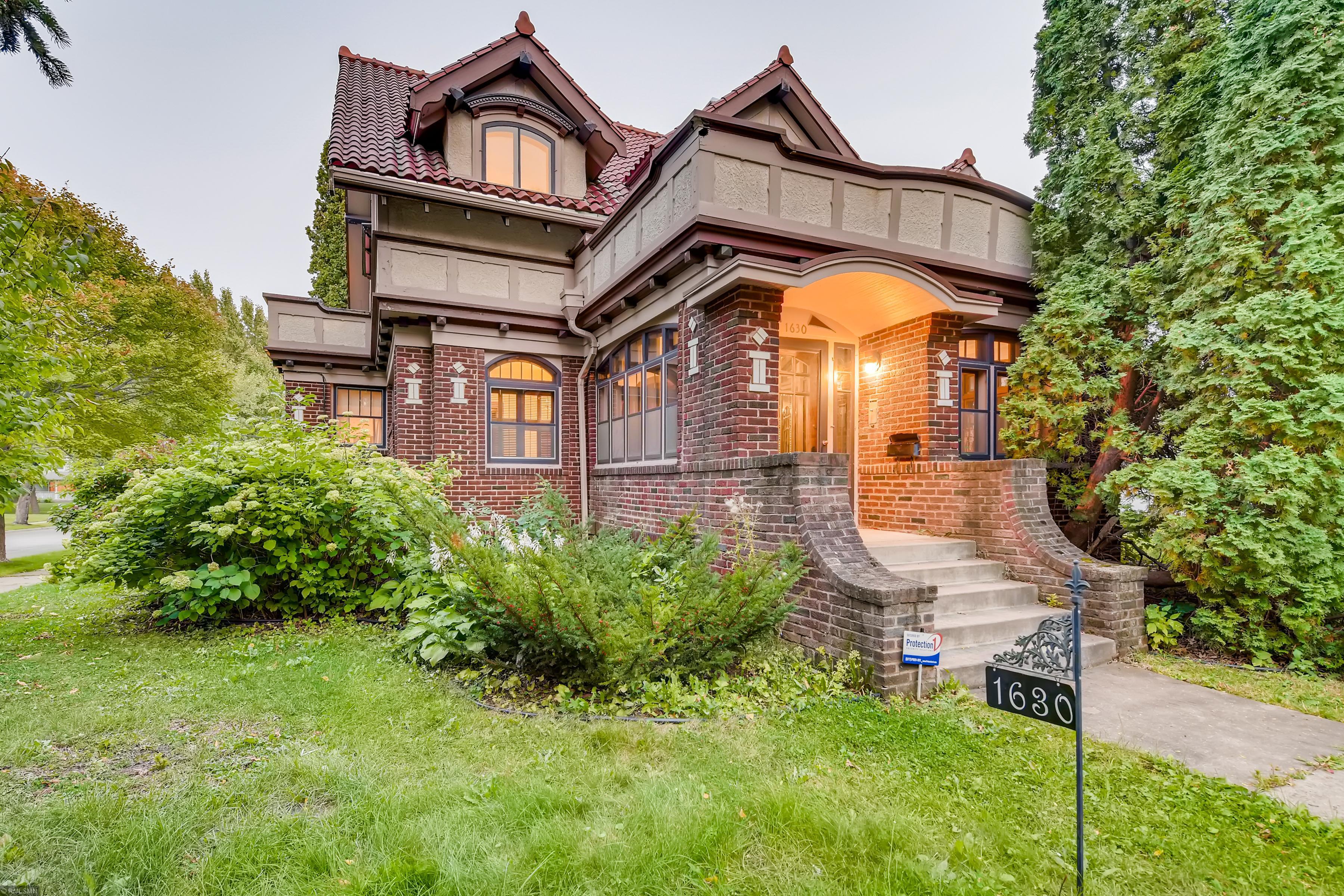 55411 Real Estate Listings Main Image