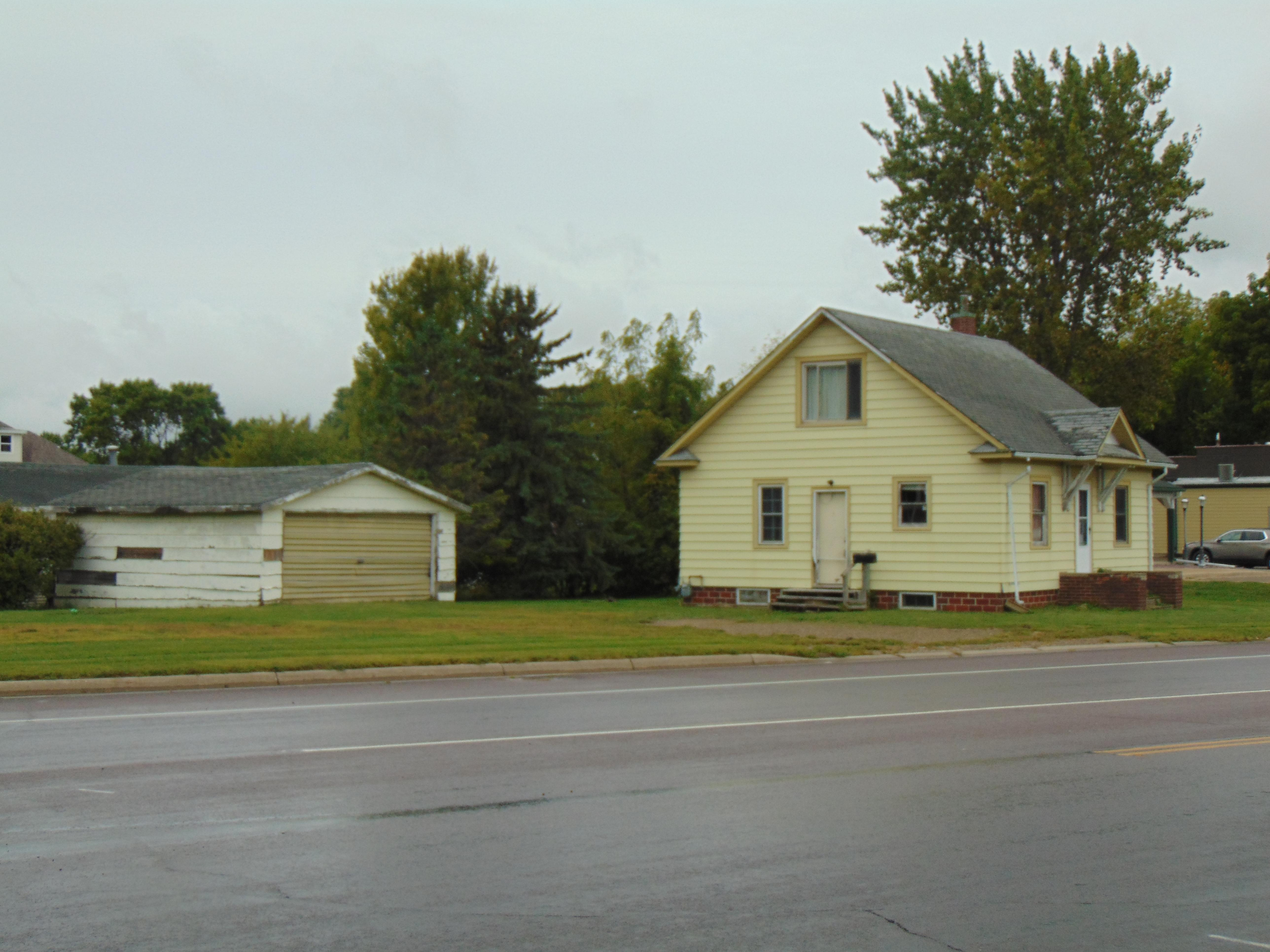1005 State Street N Property Photo - Waseca, MN real estate listing