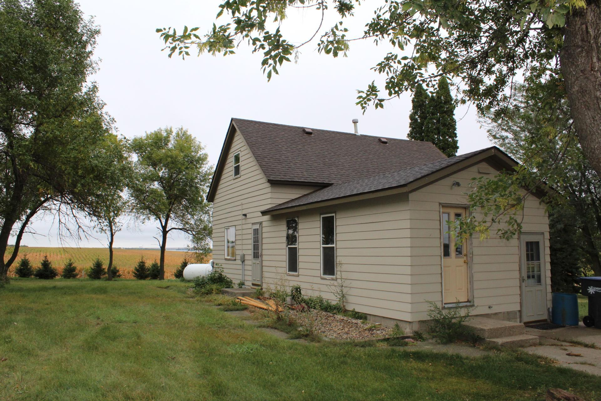 894 124th Avenue Property Photo - Luverne, MN real estate listing
