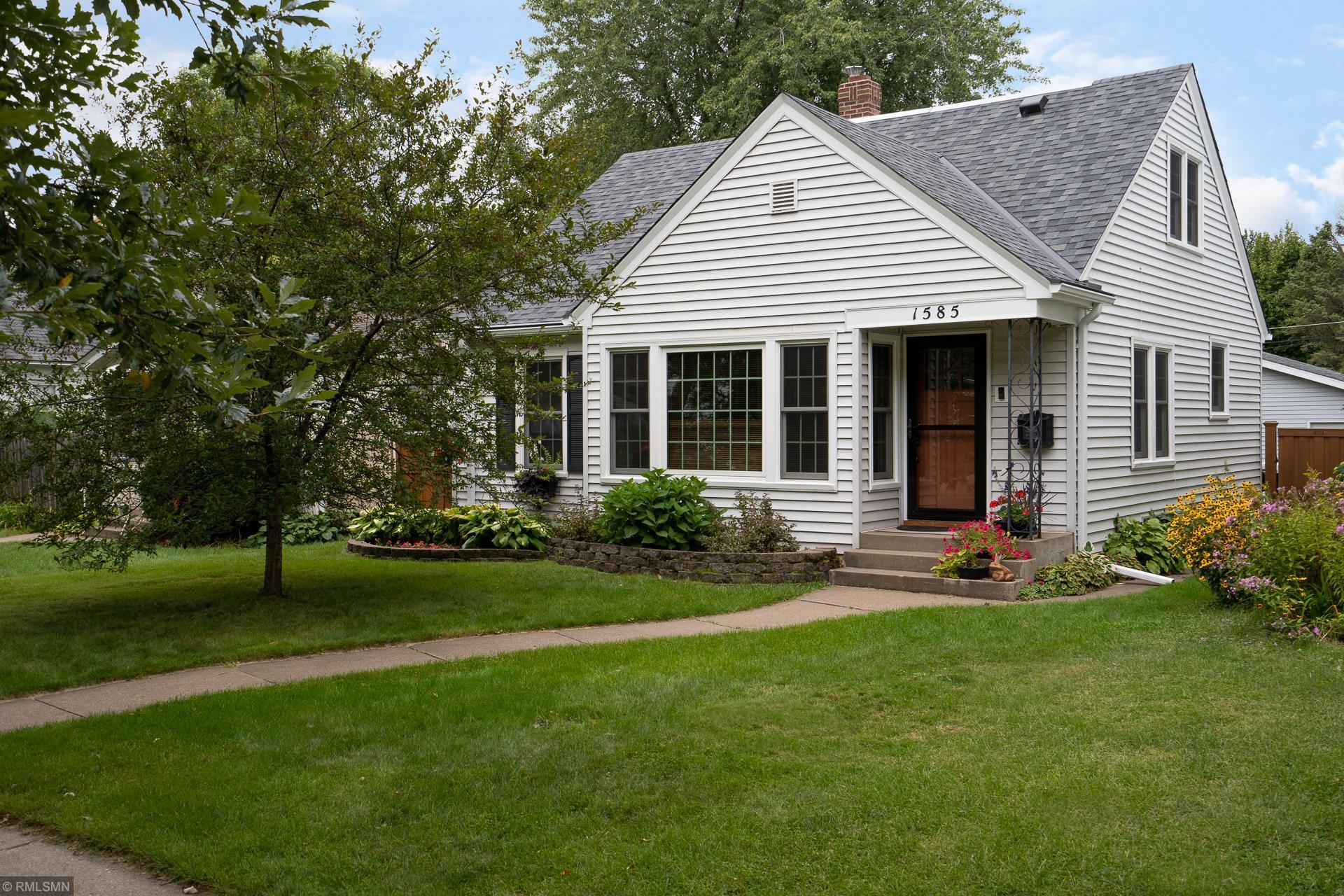 1585 Fernwood Street Property Photo - Saint Paul, MN real estate listing