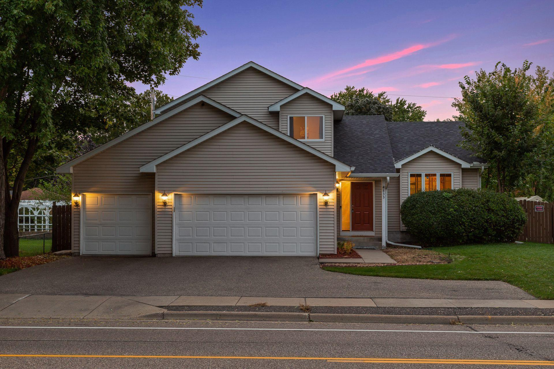 4833 Douglas Drive N Property Photo - Crystal, MN real estate listing