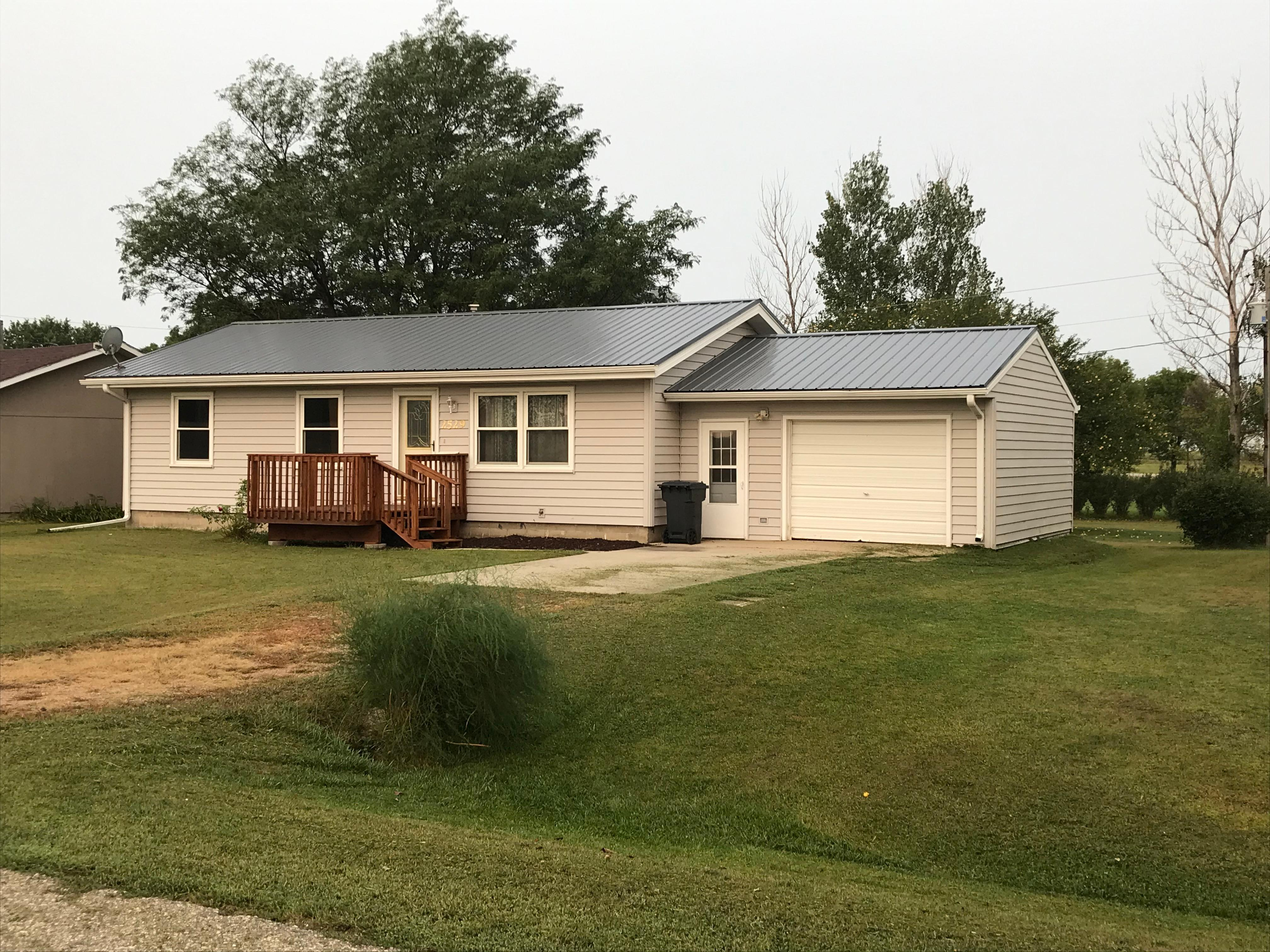 2529 Birchwood Drive Property Photo - Bigelow, MN real estate listing