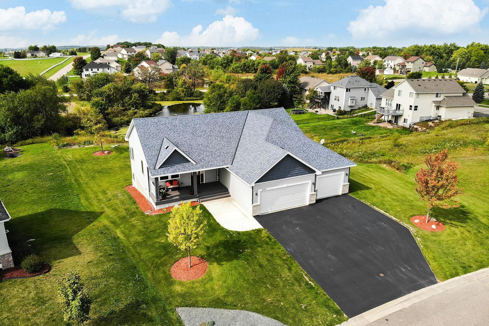 1337 Overlook Drive Property Photo - Elko New Market, MN real estate listing