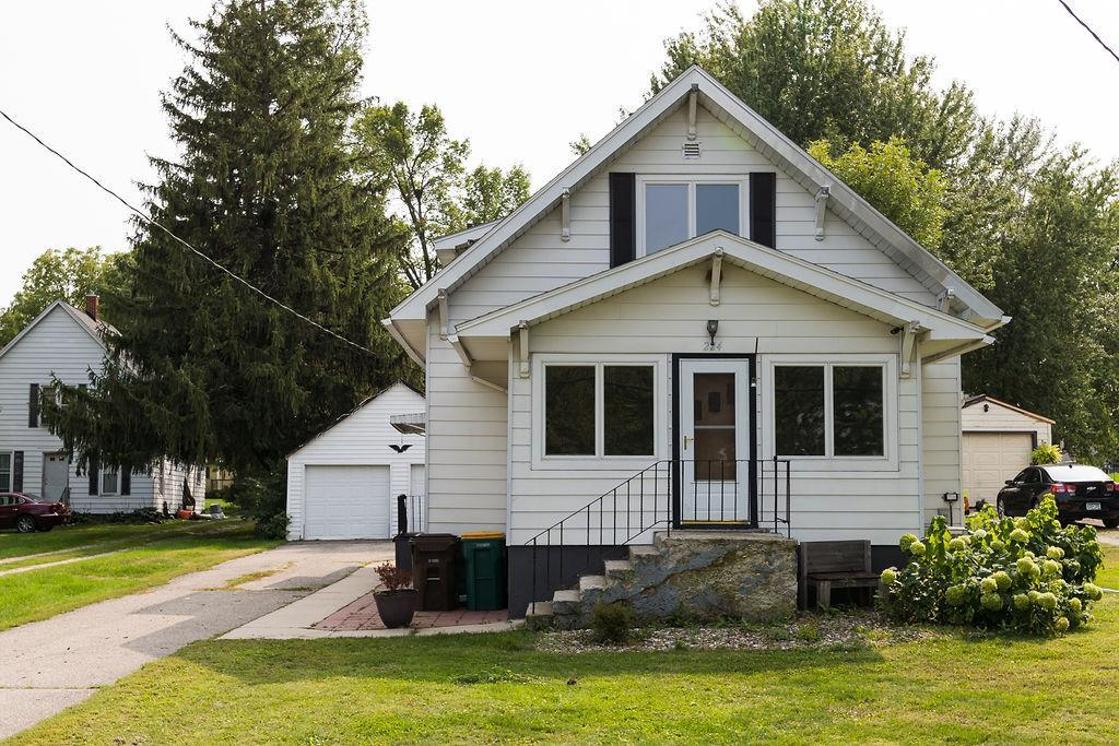 224 Main Street E Property Photo - Clarks Grove, MN real estate listing