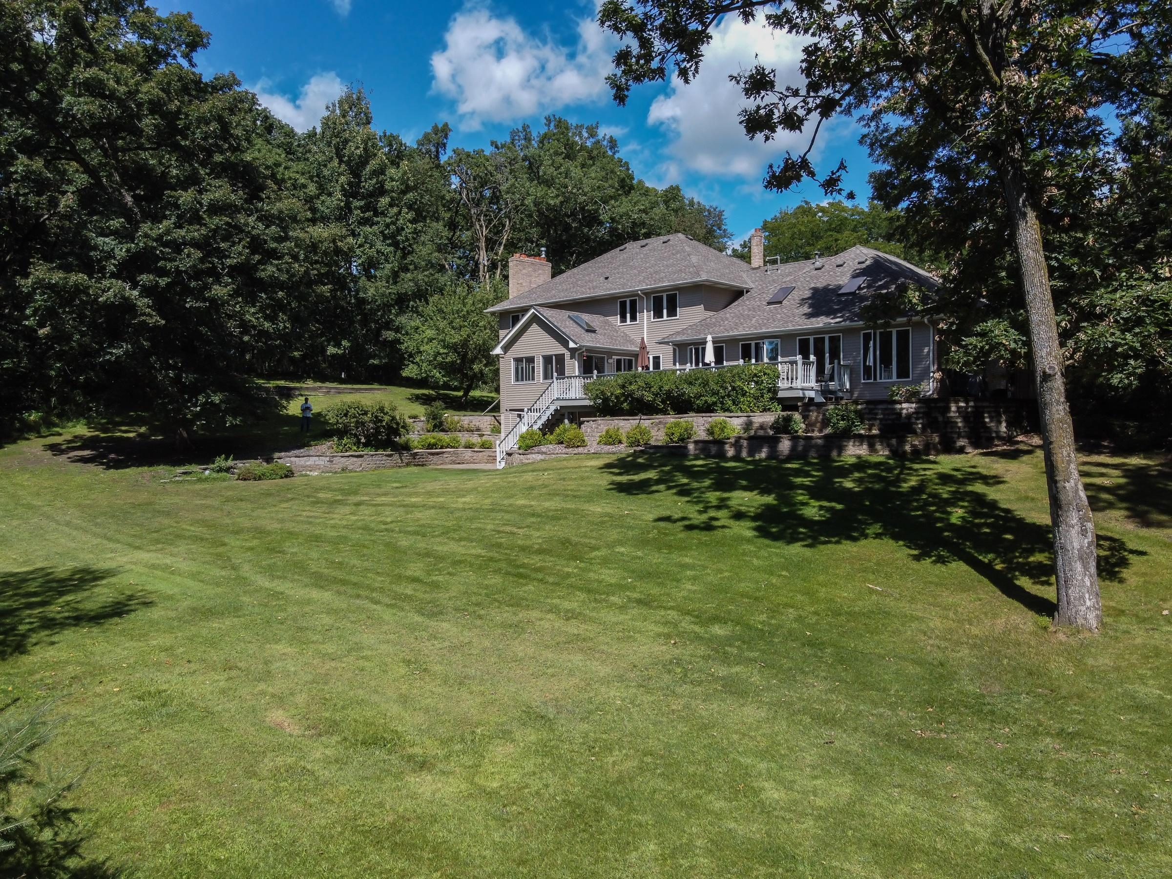 9060 Knollwood Drive N Property Photo - Grant, MN real estate listing