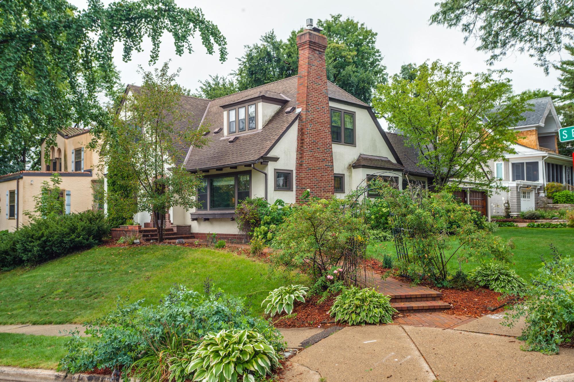 5200 Belmont Avenue S Property Photo - Minneapolis, MN real estate listing