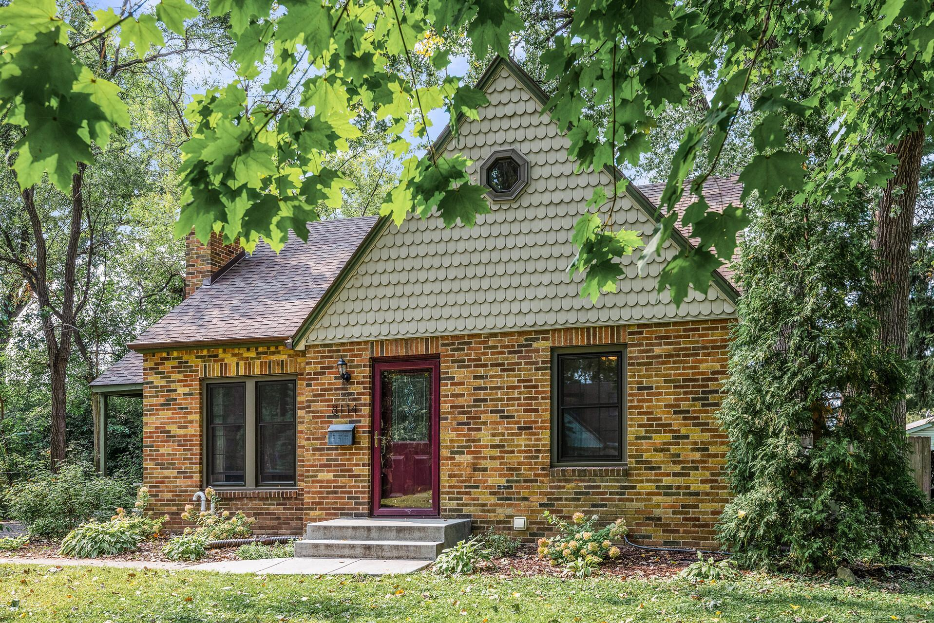 8114 13th Avenue S Property Photo - Bloomington, MN real estate listing