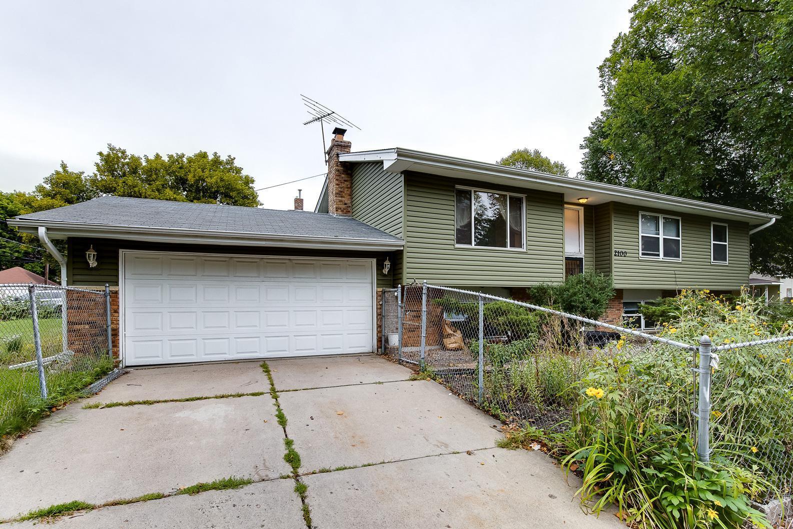 2100 12th Avenue N Property Photo