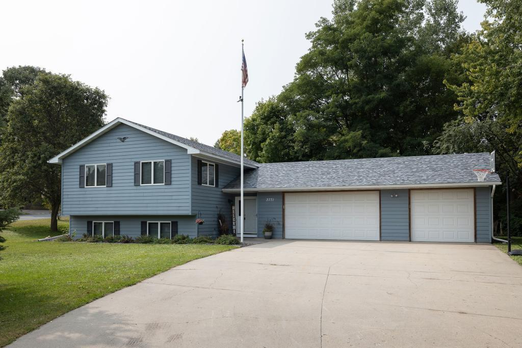 3771 Cuneen Court Property Photo - Inver Grove Heights, MN real estate listing