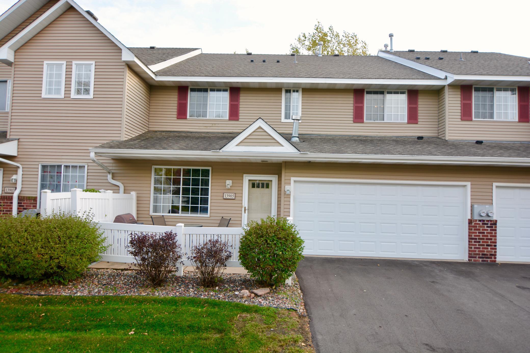 13905 Erwin Court Property Photo - Eden Prairie, MN real estate listing