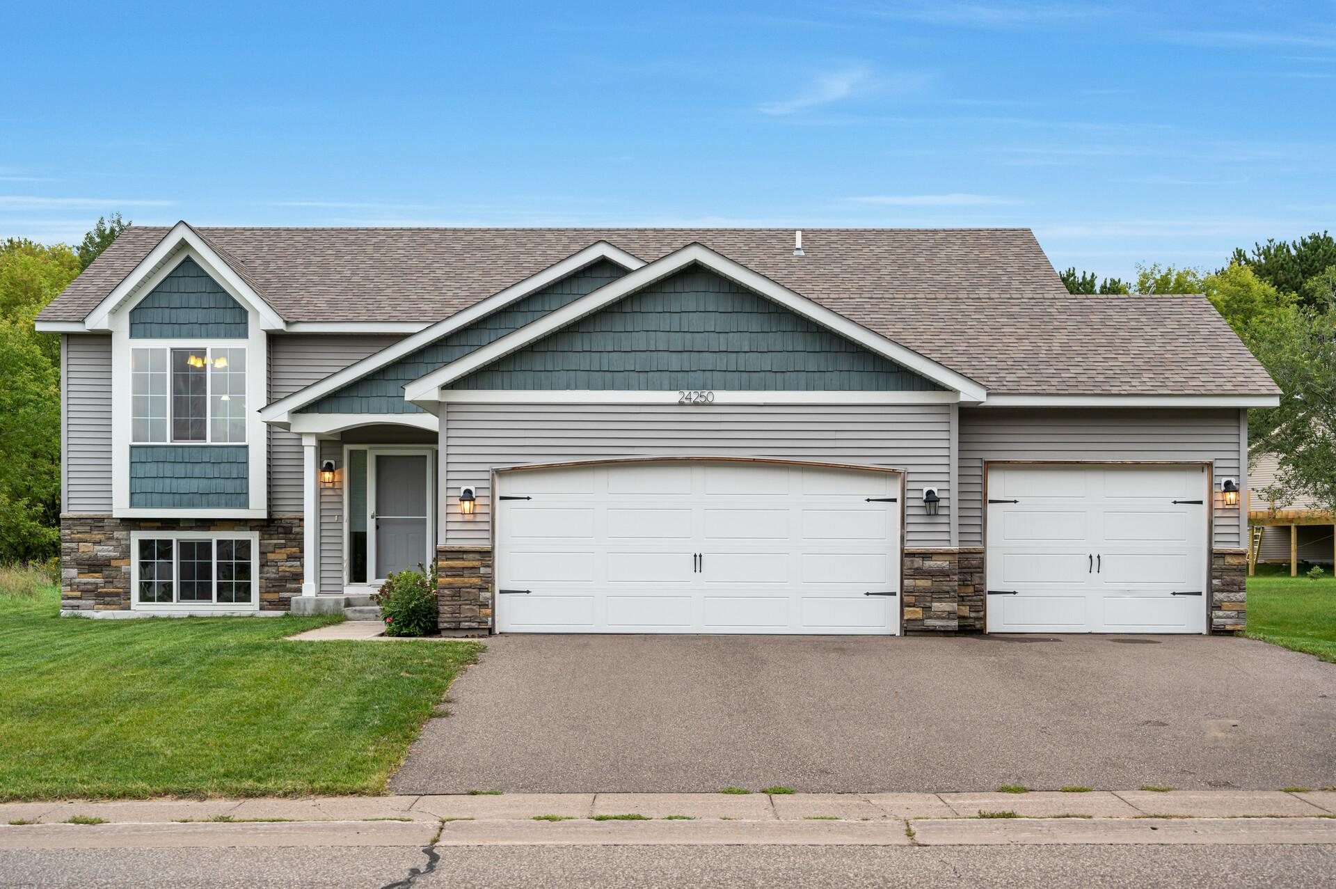 24250 Fillmore Circle NE Property Photo - East Bethel, MN real estate listing